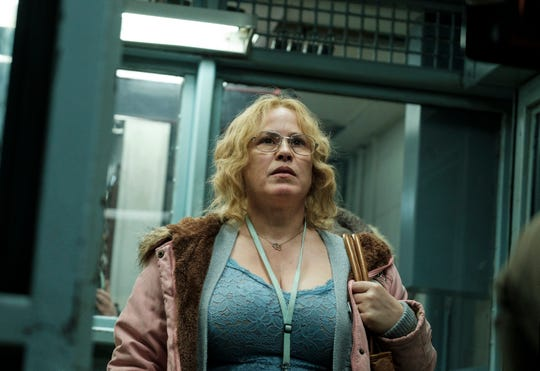 """Tilly (Patricia Arquette) helps two convicts that she's sleeping with in Showtime's """"Escape at Dannemora."""""""