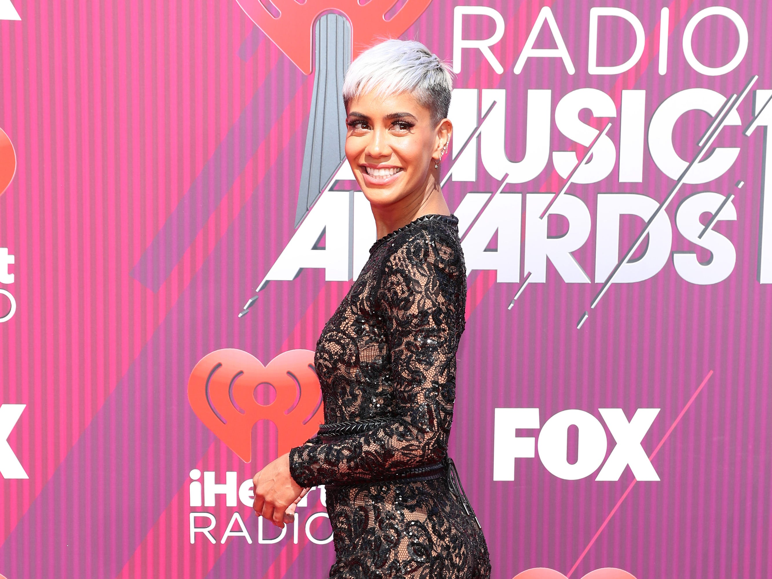 Sibley Scoles arrives at the iHeartRadio Music Awards.
