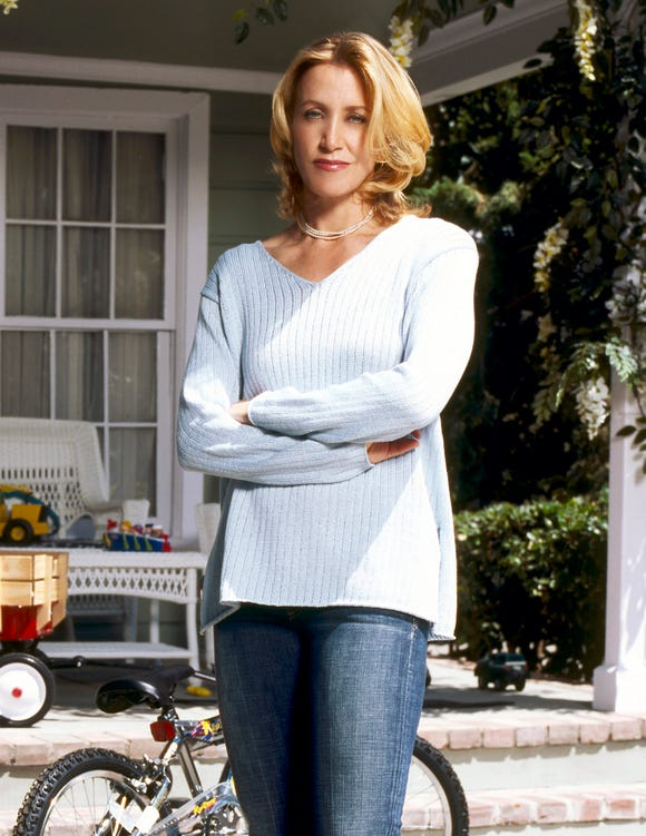"Felicity Huffman as Lynette Scavo in ""Desperate Housewives"""