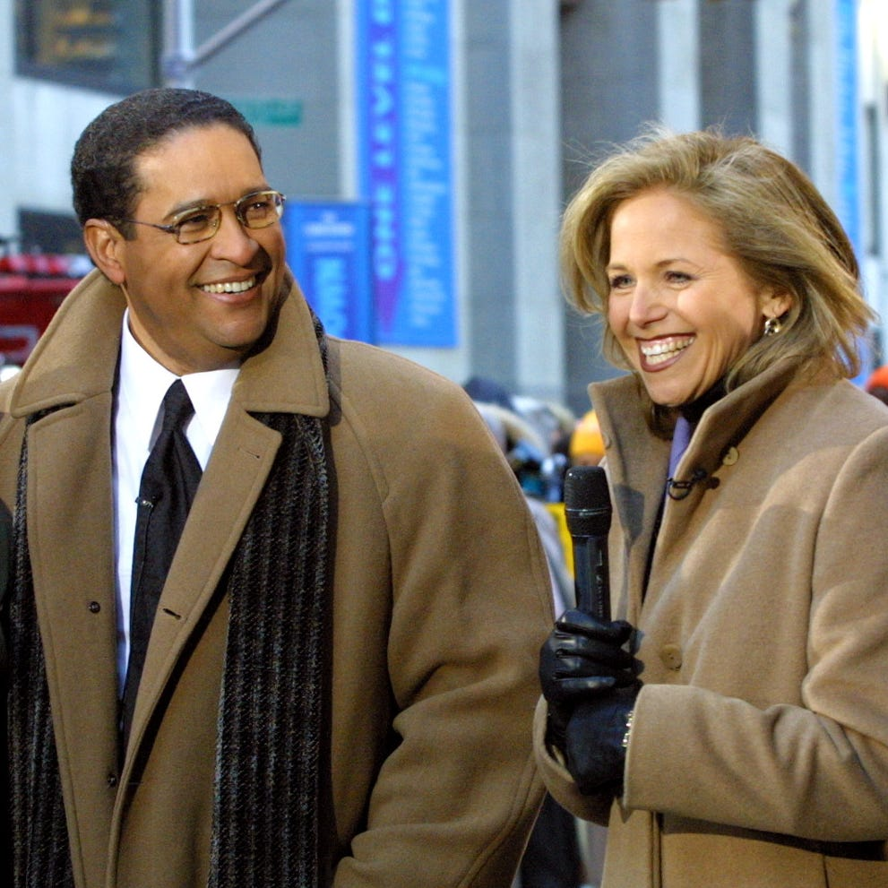 "Former NBC ""Today"" show hosts Jane Pauley, left, and Bryant Gumbel, second from left, make an appearance with current hosts Katie Couric and Matt Lauer on Rockefeller Plaza during a three-hour retrospective observing the morning show's 50th anniversary Monday, Jan. 14, 2002, in New York. (AP Photo/Stuart Ramson) ORG XMIT: NYR102"