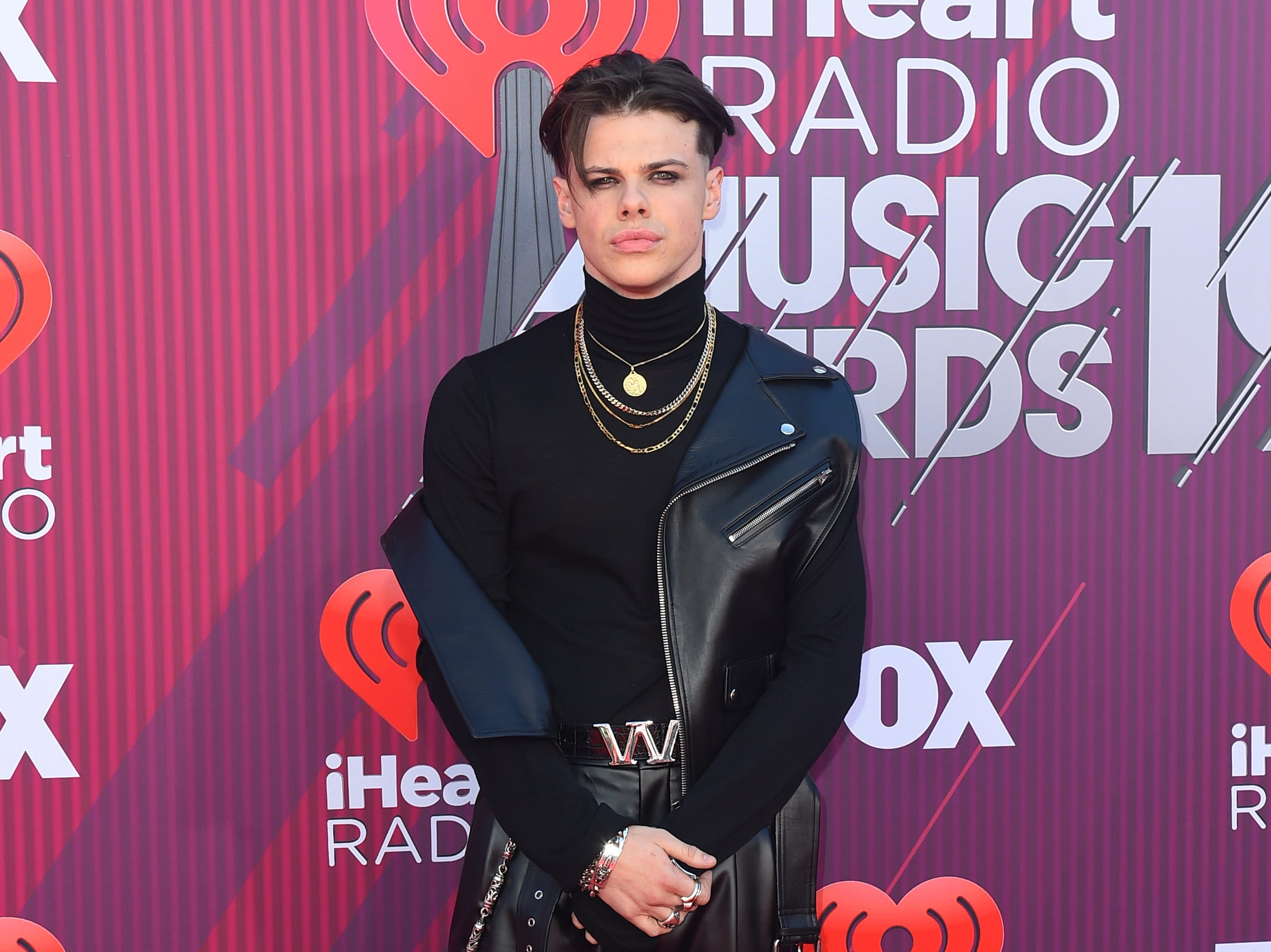 Yungblud arrives at the iHeartRadio Music Awards.