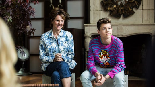 """Midwestern mom Pat Dubek (Molly Shannon, left) enjoys her own brush with fame when 13-year-old son Chase (Case Walker) goes viral with his song """"Marry U at Recess."""""""