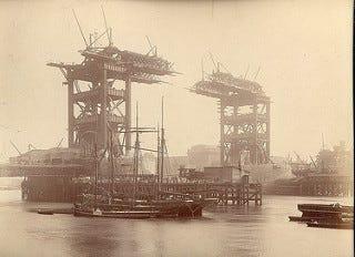 London tower bridge under construction