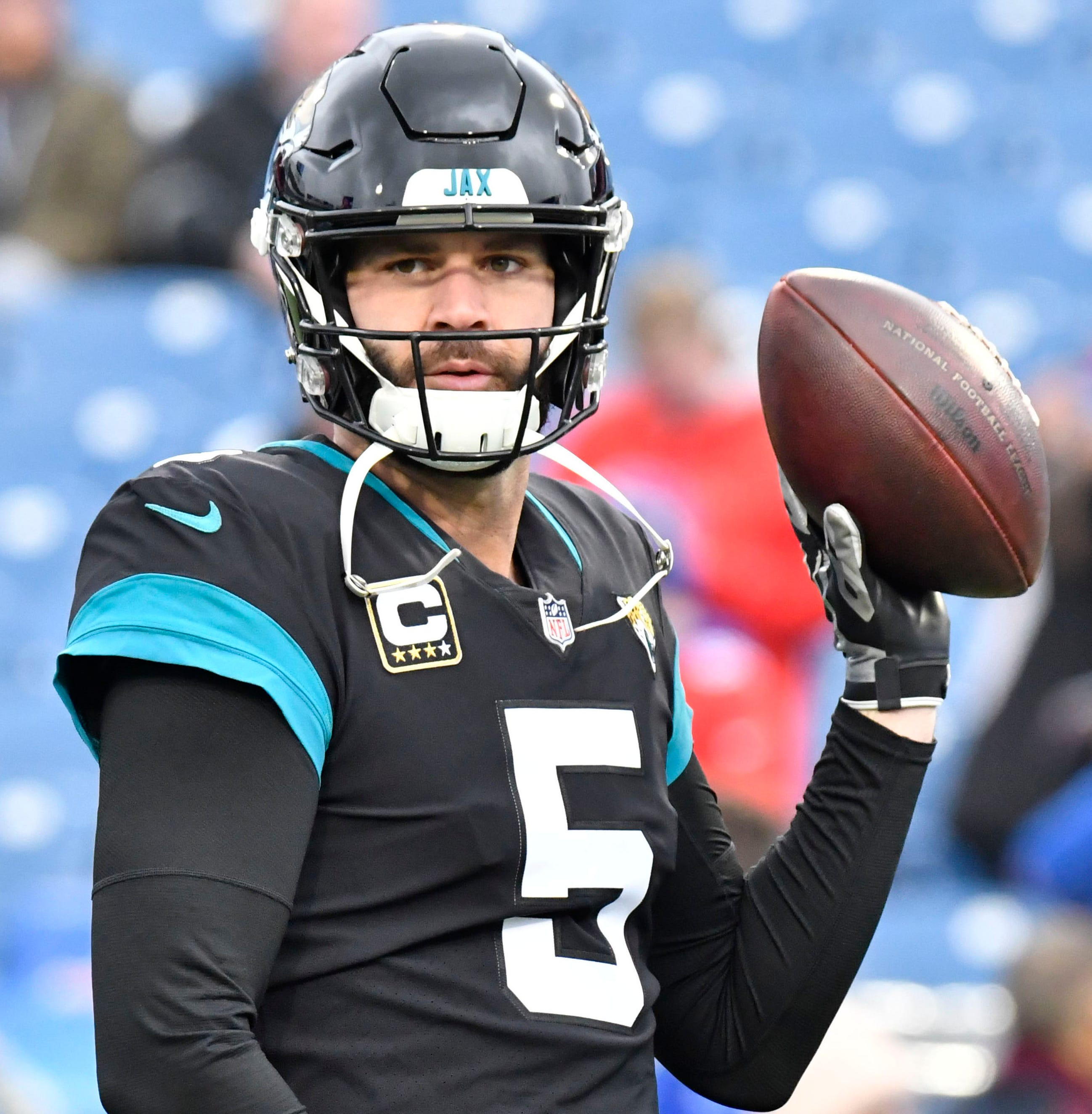 Blake Bortles warms up prior to a game against the Buffalo Bills last season.