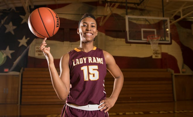 Gloucester Catholic's Azana Baines is the Courier-Post's 2019 Girls' Basketball Player of the Year.