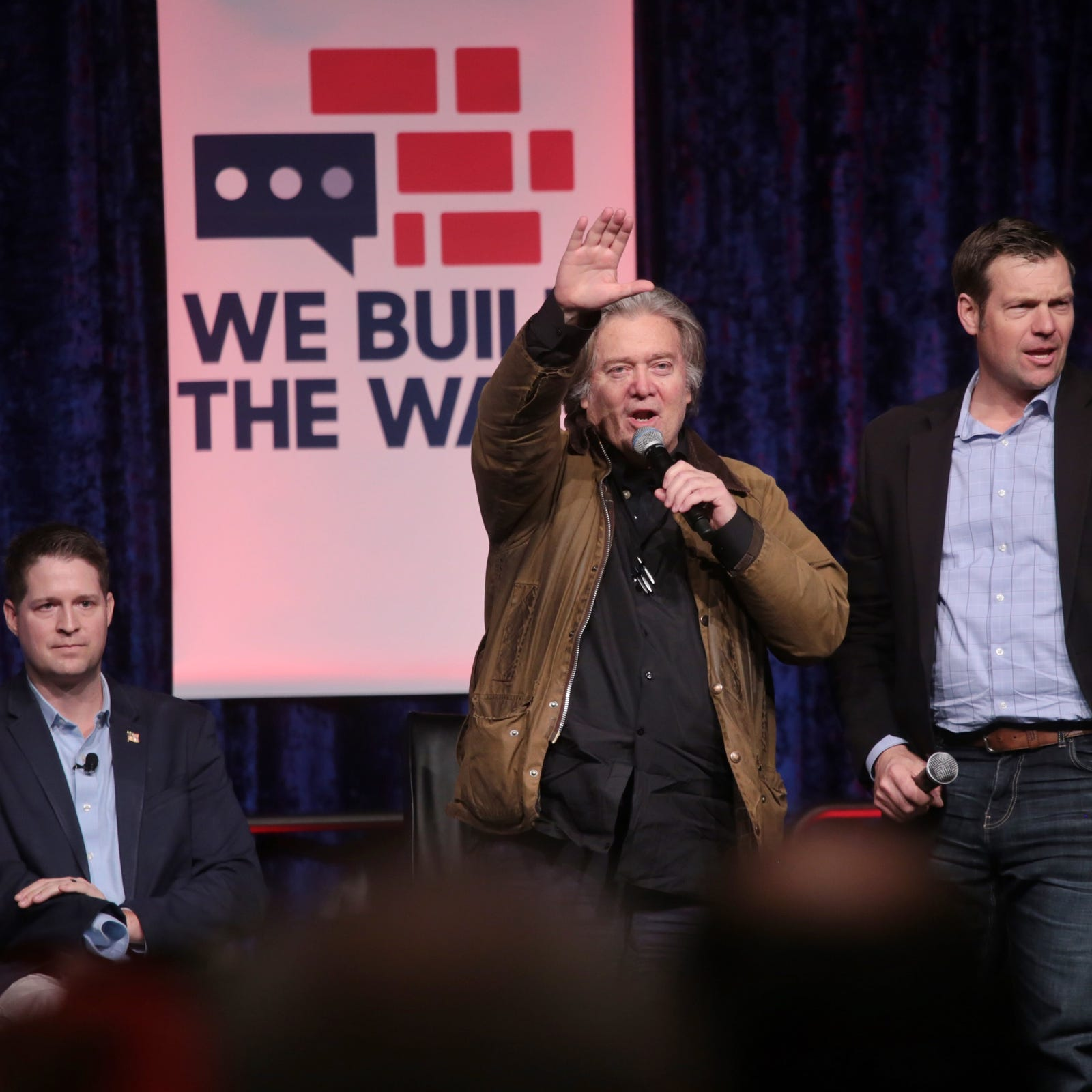 Steve Bannon, 'Build the Wall' fans rally at Cobo Center in Detroit