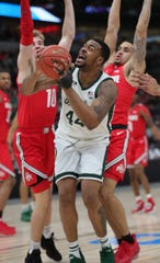 Nick Ward scores against Ohio State on Friday.