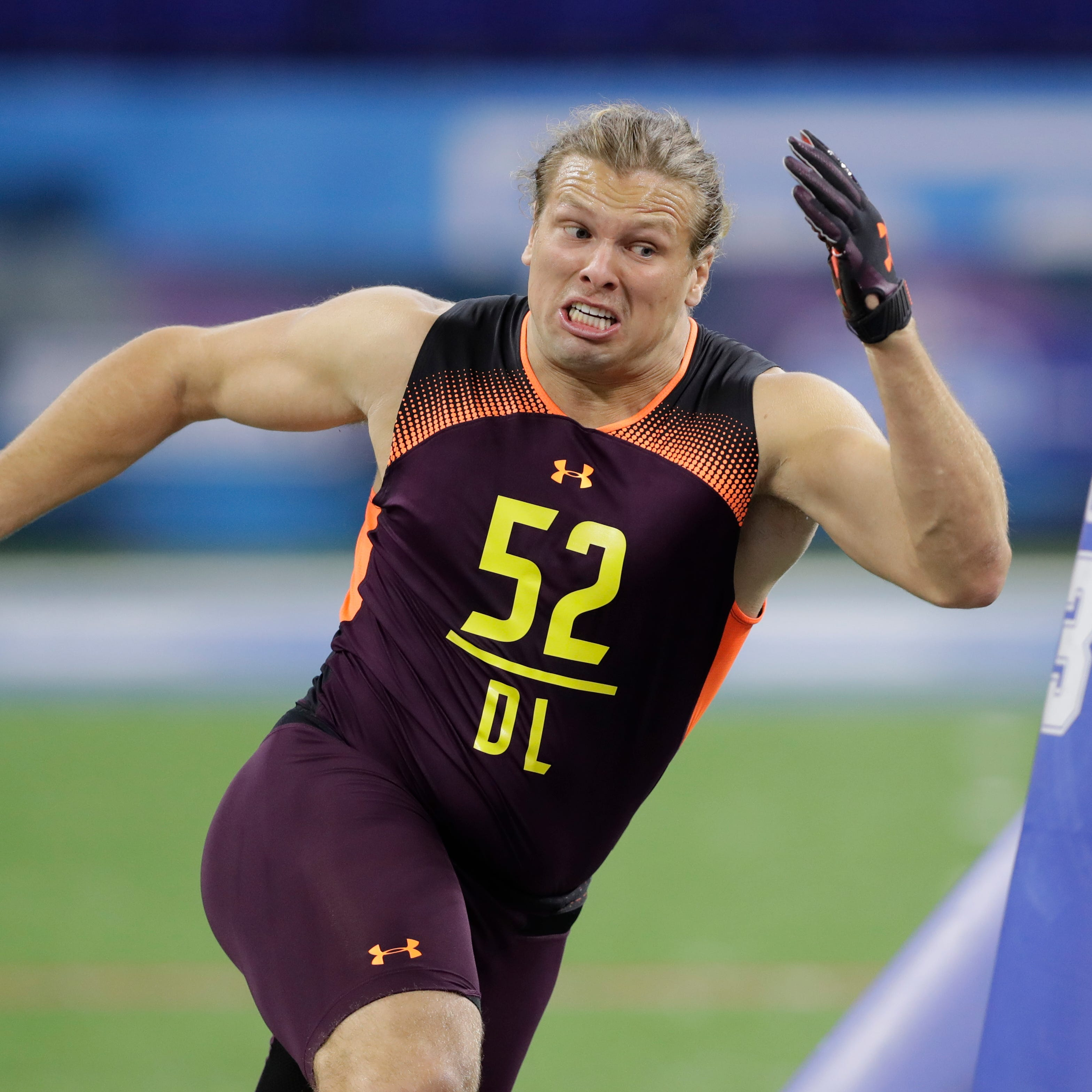 Michigan's Chase Winovich driven to turn NFL contract into new car for mom