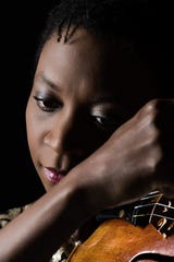 Violinist Tai Murray