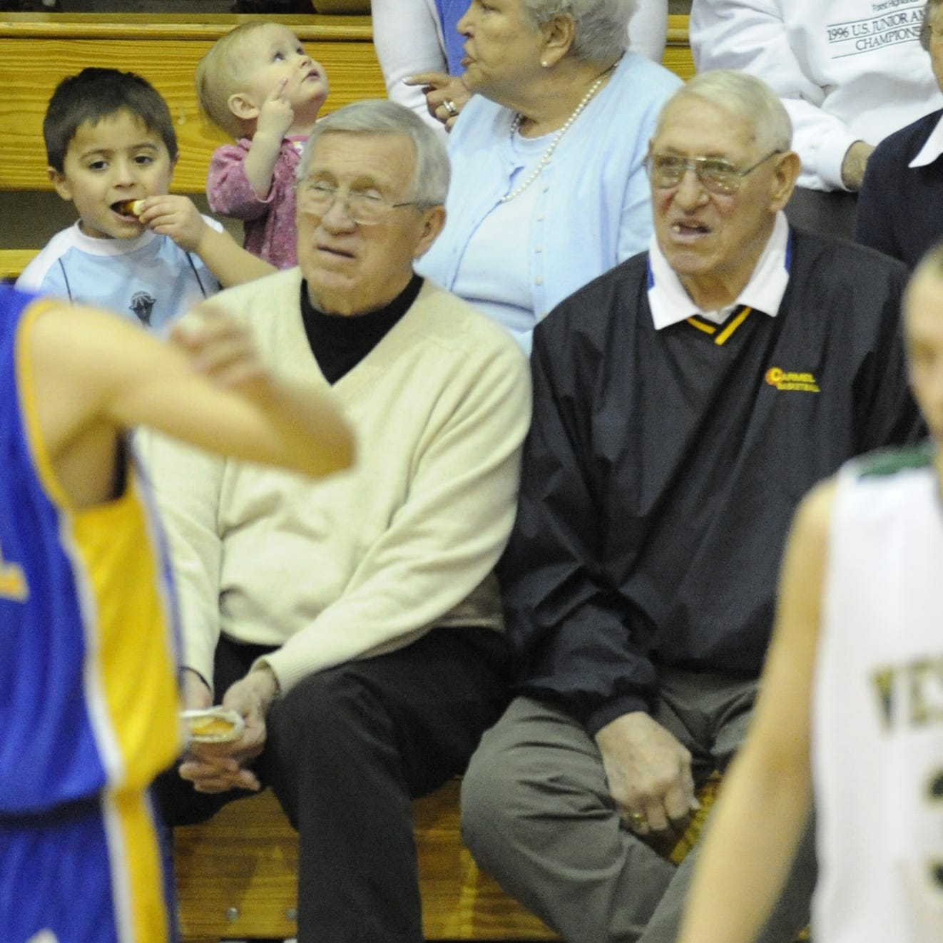 Hall of Fame Carmel basketball coach Bill Shepherd dies