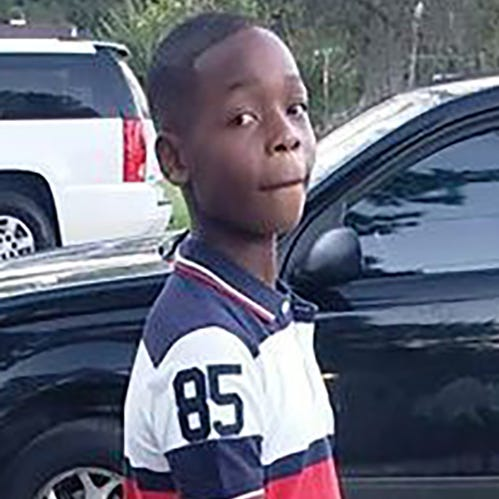 Mississippi 12-year-old shot in head dies, teen in custody