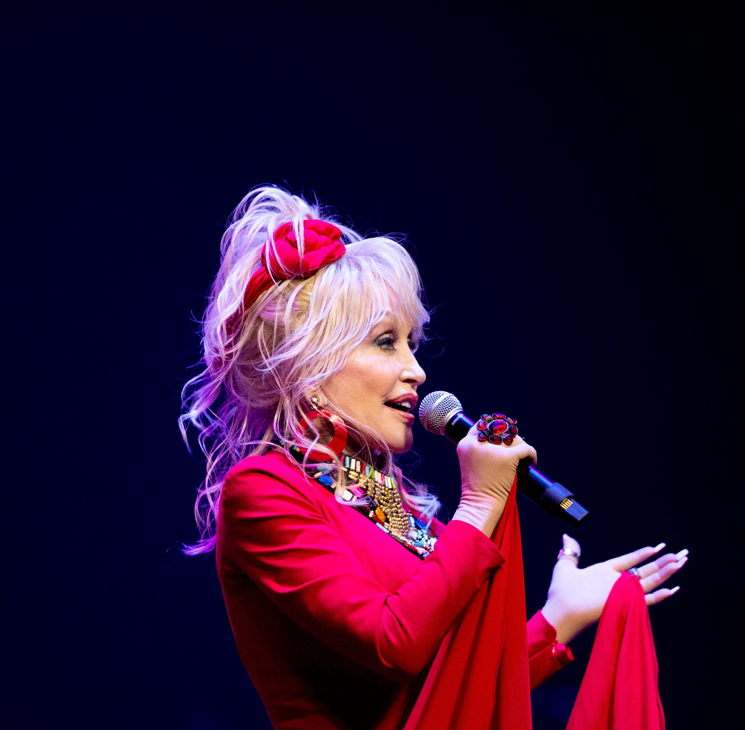 Dolly Parton's 'Heartstrings' to debut this fall on Netflix, '9 to 5' a 'work in progress'