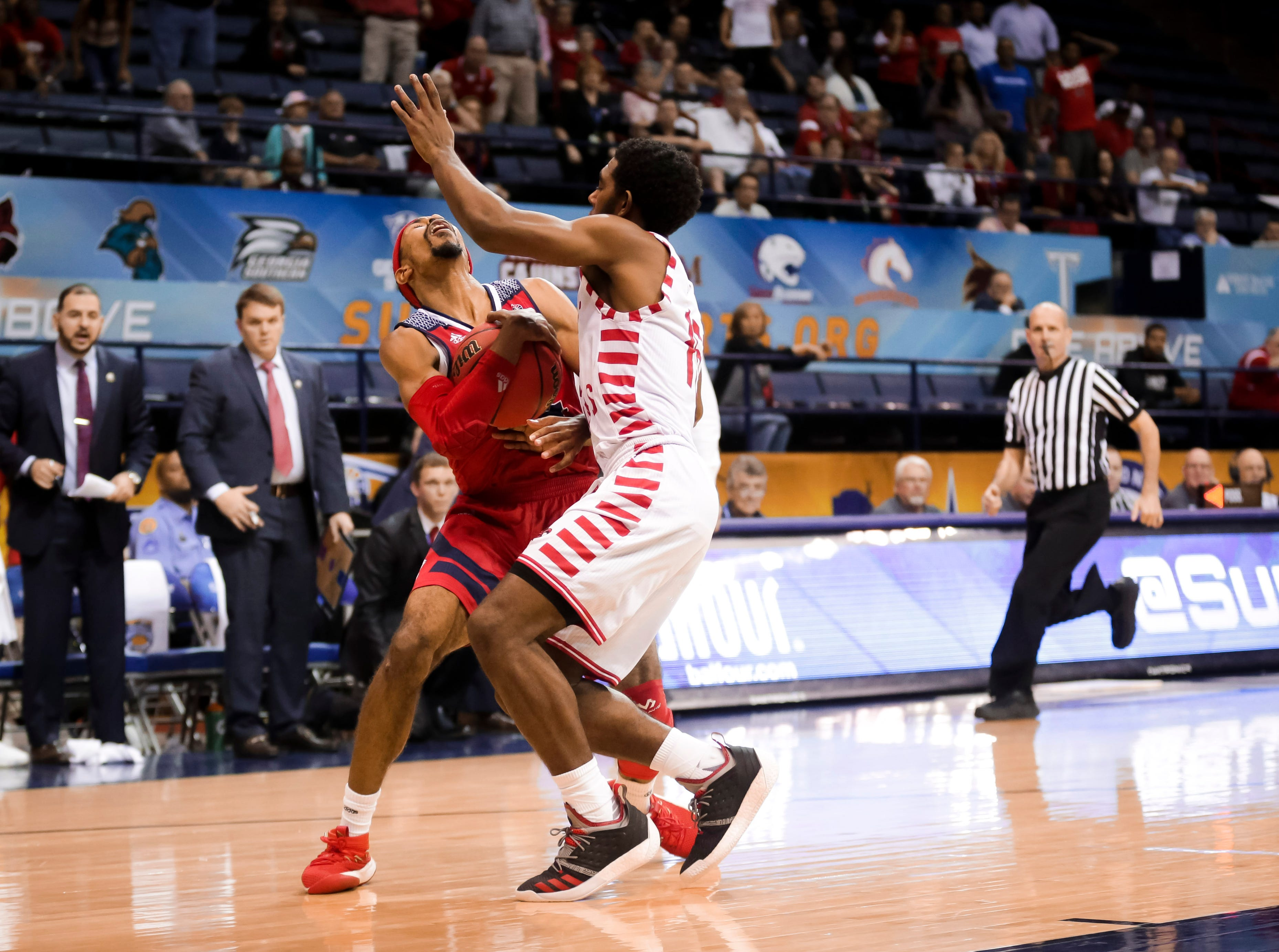 The Ragin' Cajuns fell to South Alabama, 70-69, on Thursday at the Sun Belt Men's Basketball Championship in New Orleans.