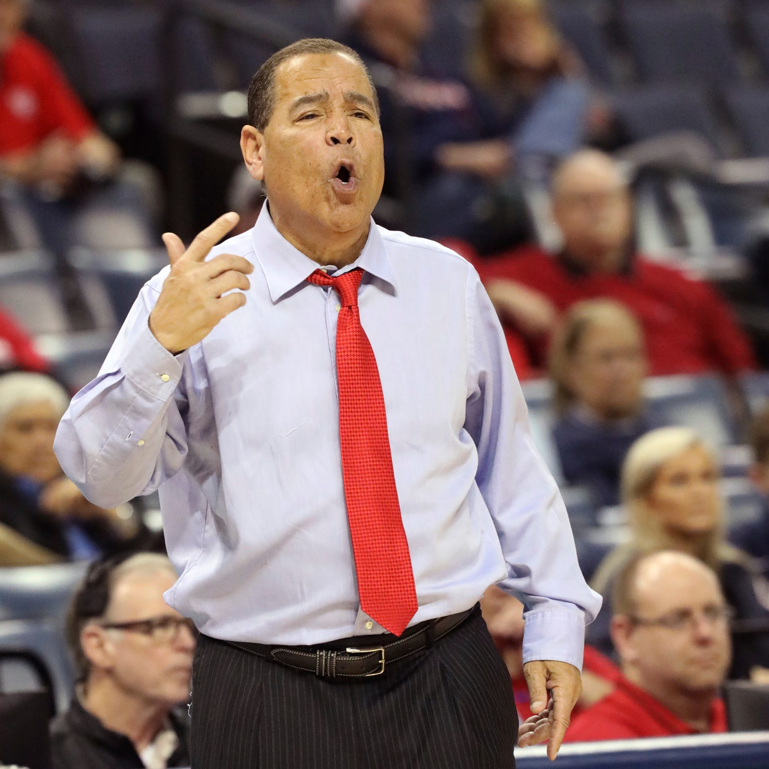 ESPN goofs again. Kelvin Sampson makes 'Hitch' reference. Best, worst from AAC Tournament quarters
