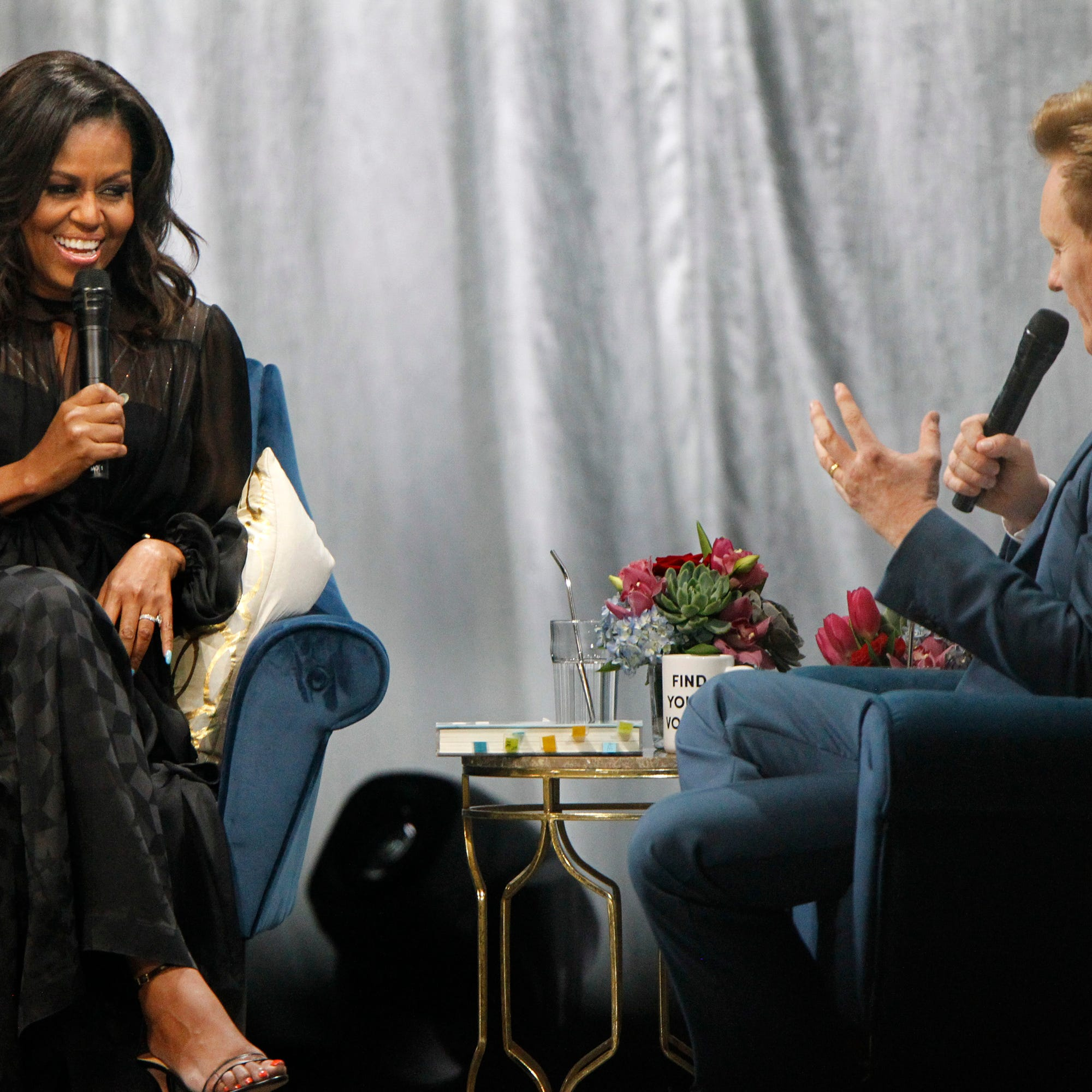 Sharing family stories, Michelle Obama thrills and inspires Milwaukee audience