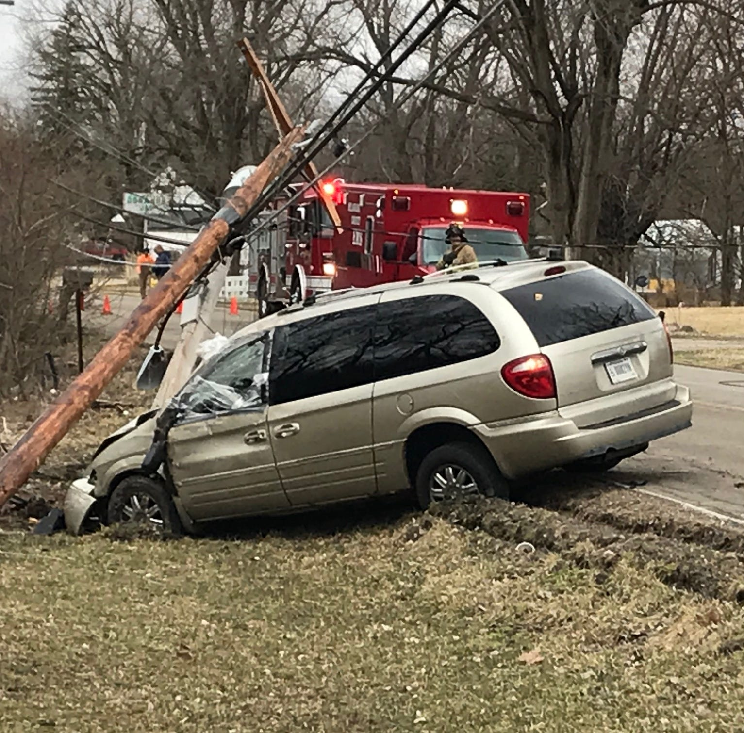 Crash, downed line closes Hoyt Avenue to traffic