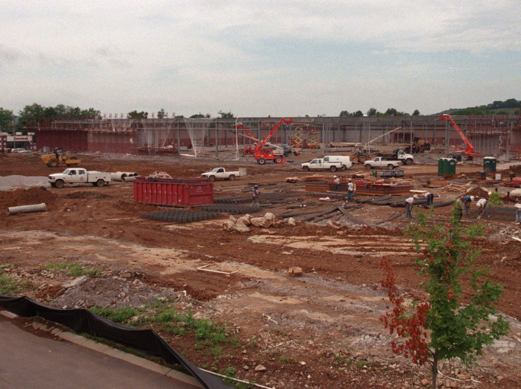 Costco under construction behind Merchant's off Mallory Lane in Franklin in 1996.