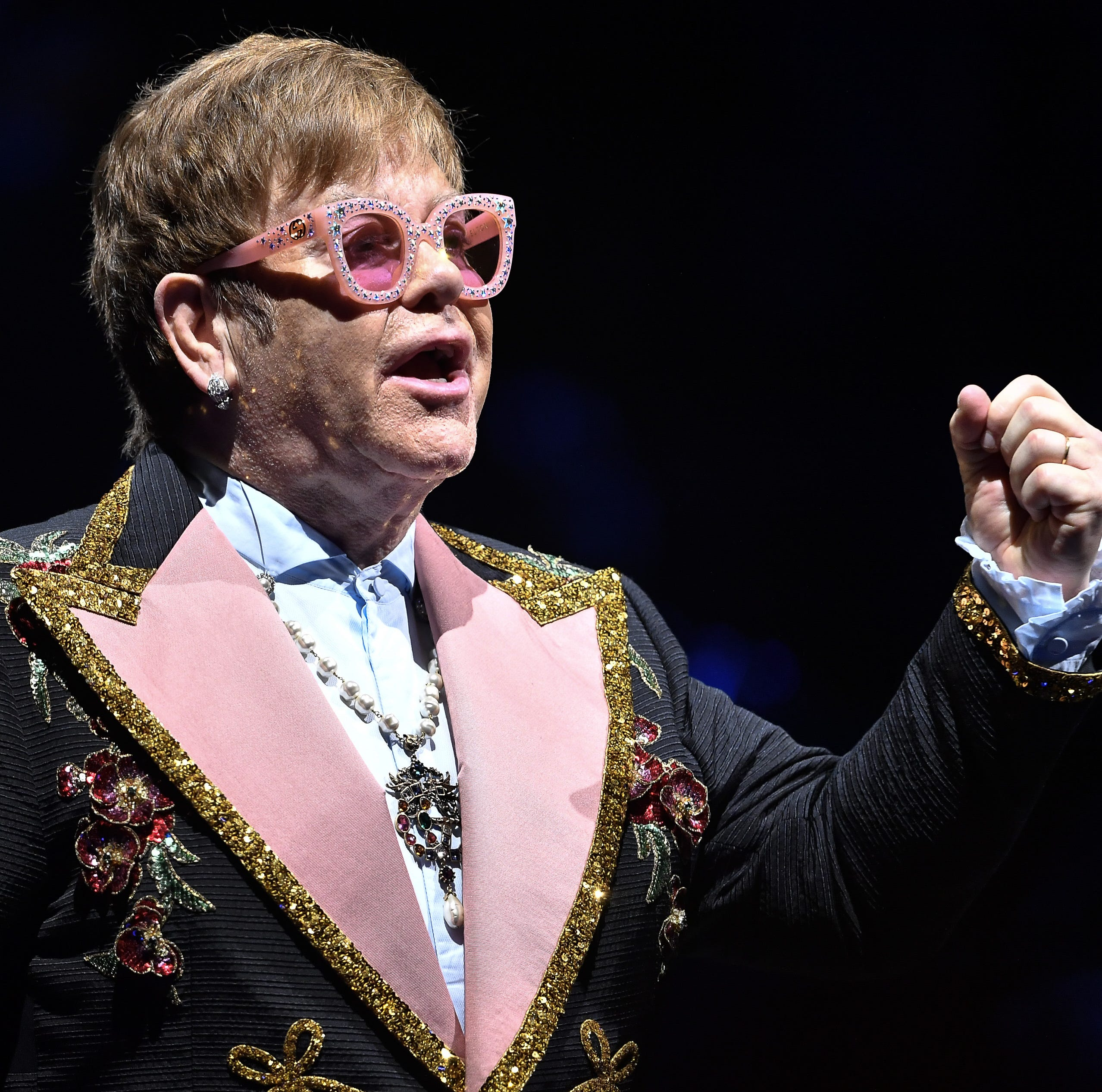 Elton John roars through hits in 3-hour Florida show