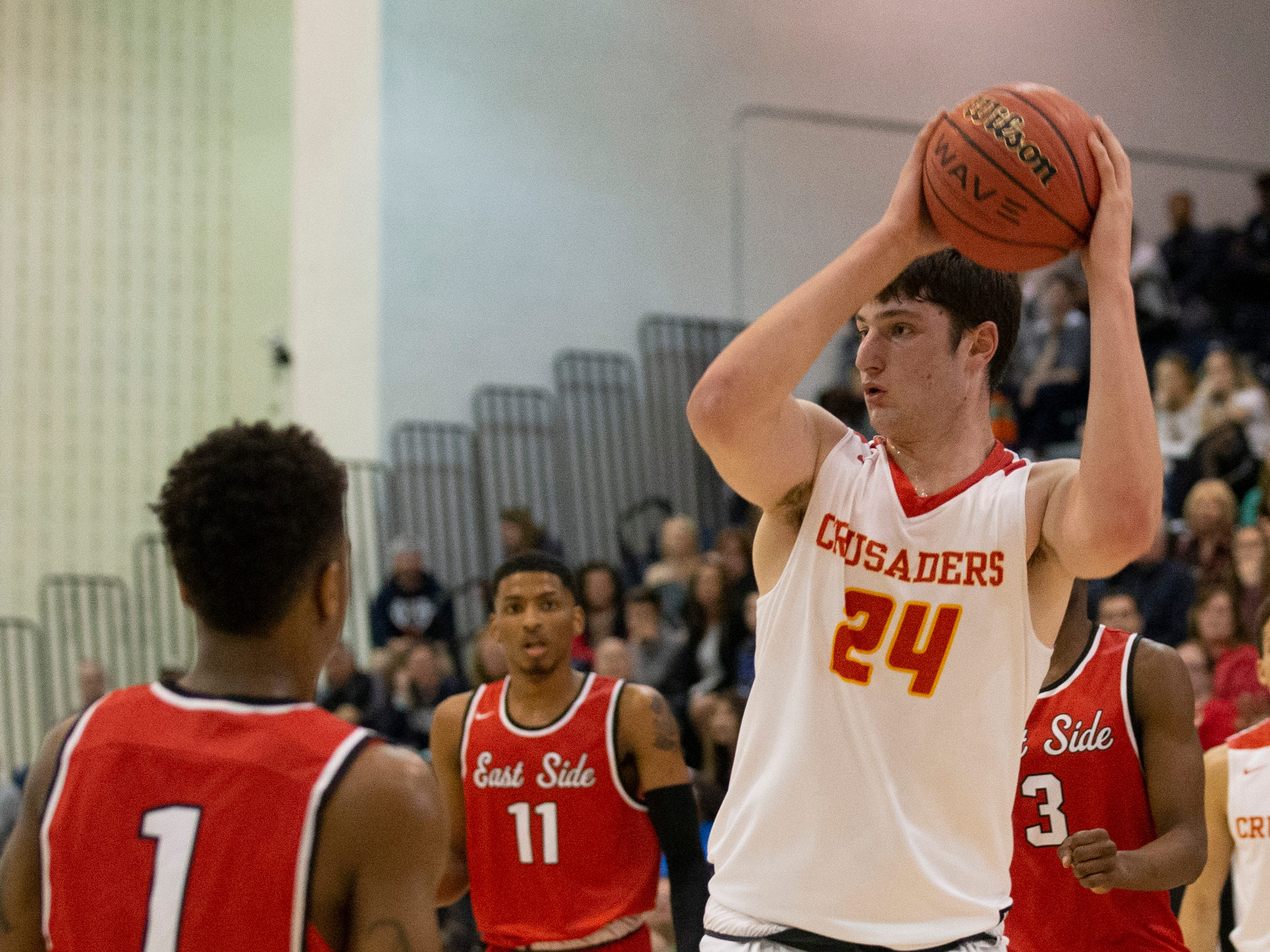 Matt Zona, Bergen Catholic, looks to pass in during first half action. Bergen Catholic vs. Newark East Side in the 5:30 p.m. semifinals of the 2019 NJSIAA Tournament of Champions in Toms River on March 15, 2019.