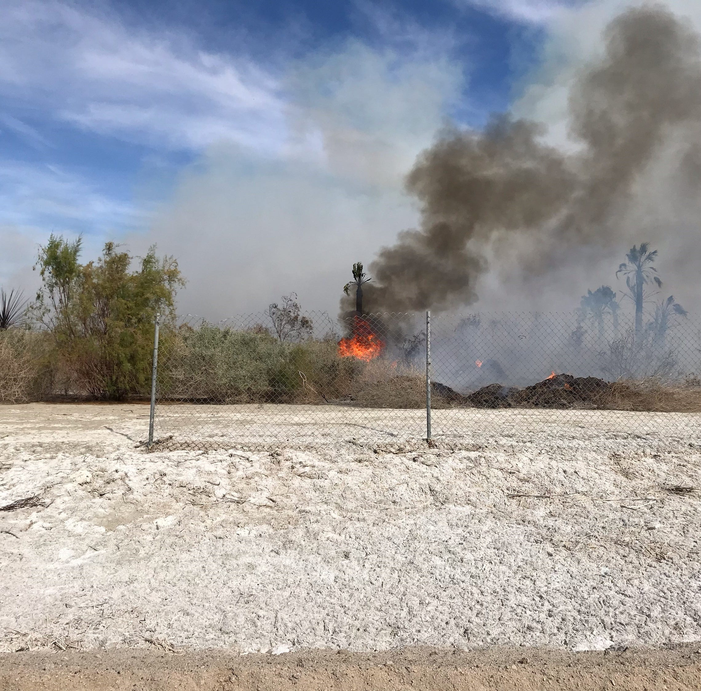Mecca brush fire closes portion of Lincoln Street; evacuations under way