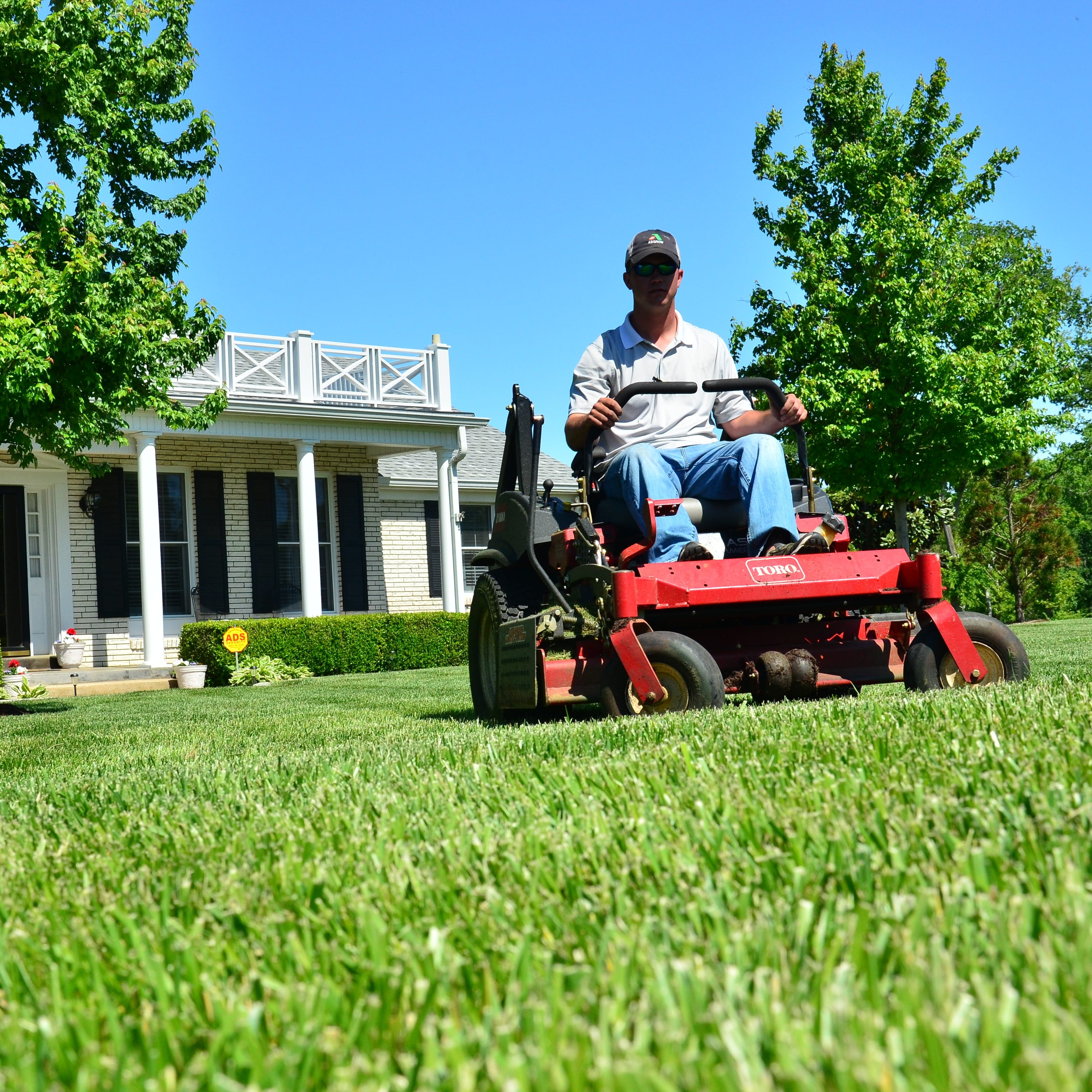 Lawn care in Pensacola is now as easy as getting an Uber | New Business