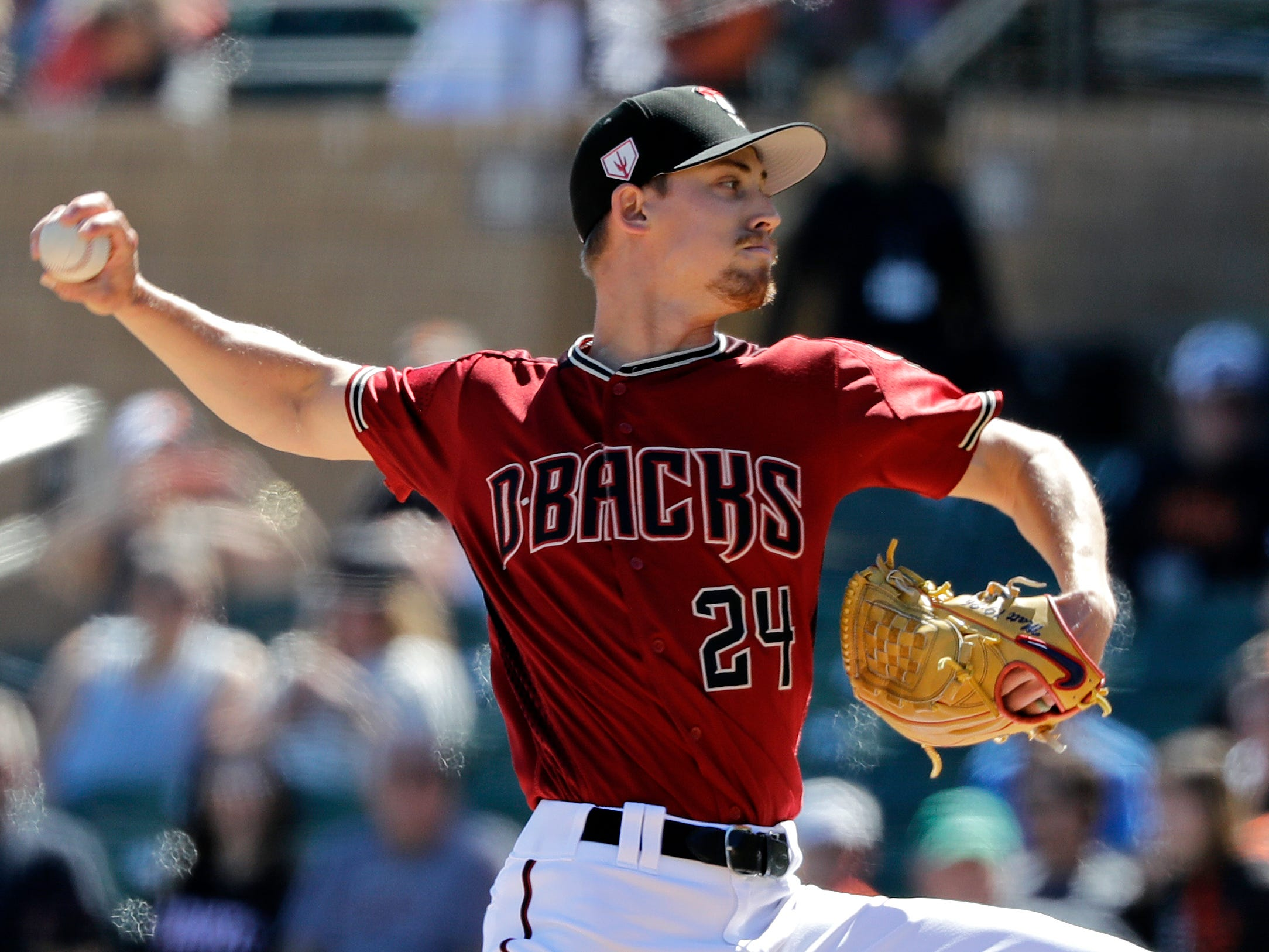 Arizona Diamondbacks starting pitcher Luke Weaver throws to a San Francisco Giants batter during the first inning of a spring training baseball game Thursday, March 14, 2019, in Scottsdale, Ariz.