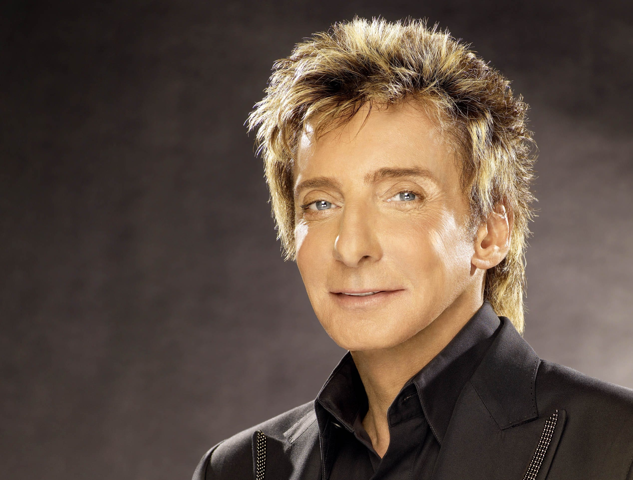 "Barry Manilow in a promotional image from 2008. The image was used on the cover of that year's ""The Greatest Songs Of The Eighties"" disc."
