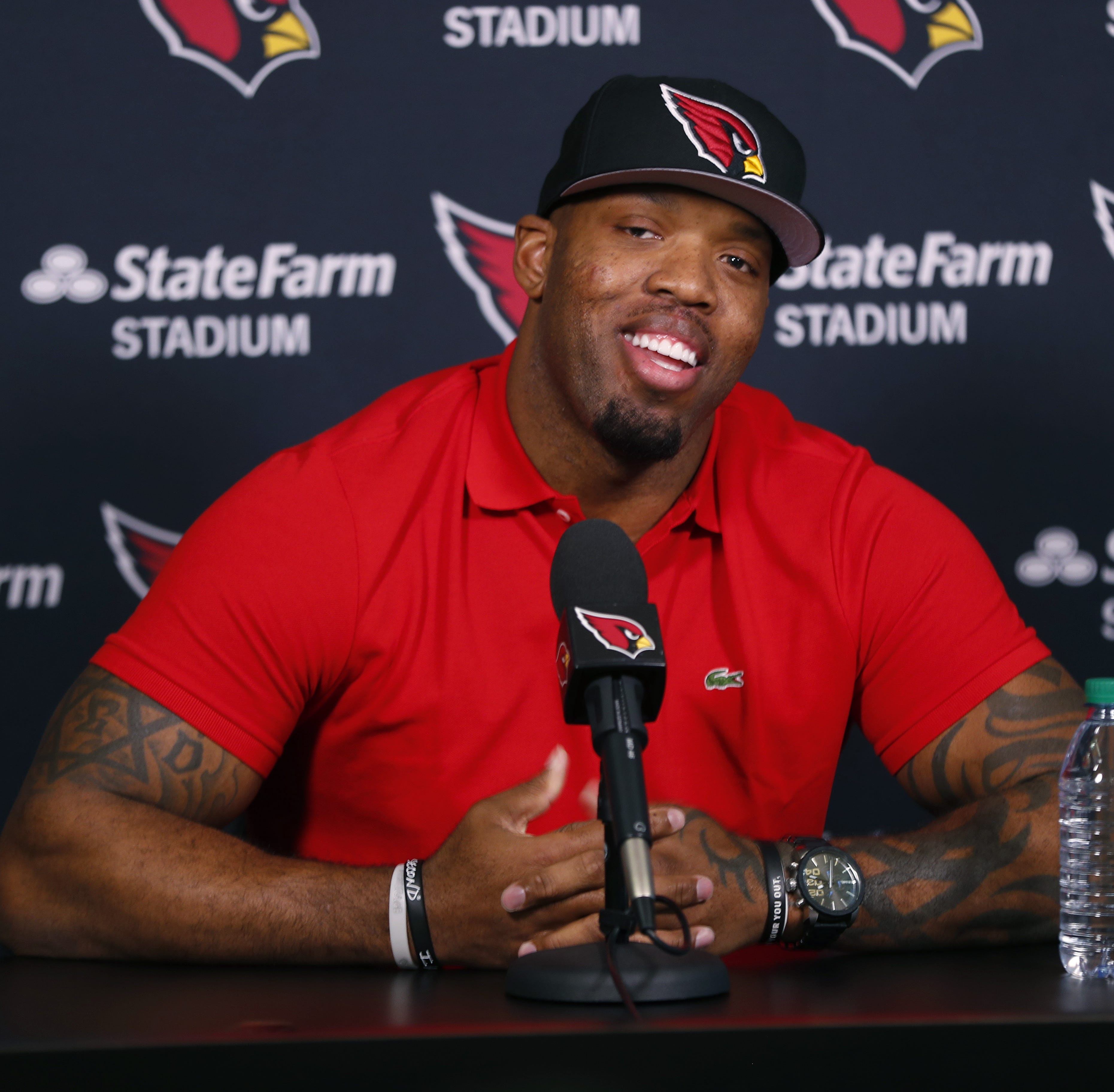 16 years late, Terrell Suggs joins the Arizona Cardinals
