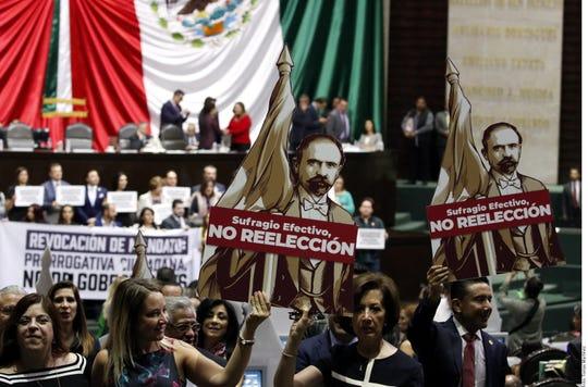 Con 329 votos a favor, 153 en contra y 2 abstenciones, el Pleno de la Cámara de Diputados avaló ayer en lo general la reforma constitucional sobre consulta popular y revocación de mandato.