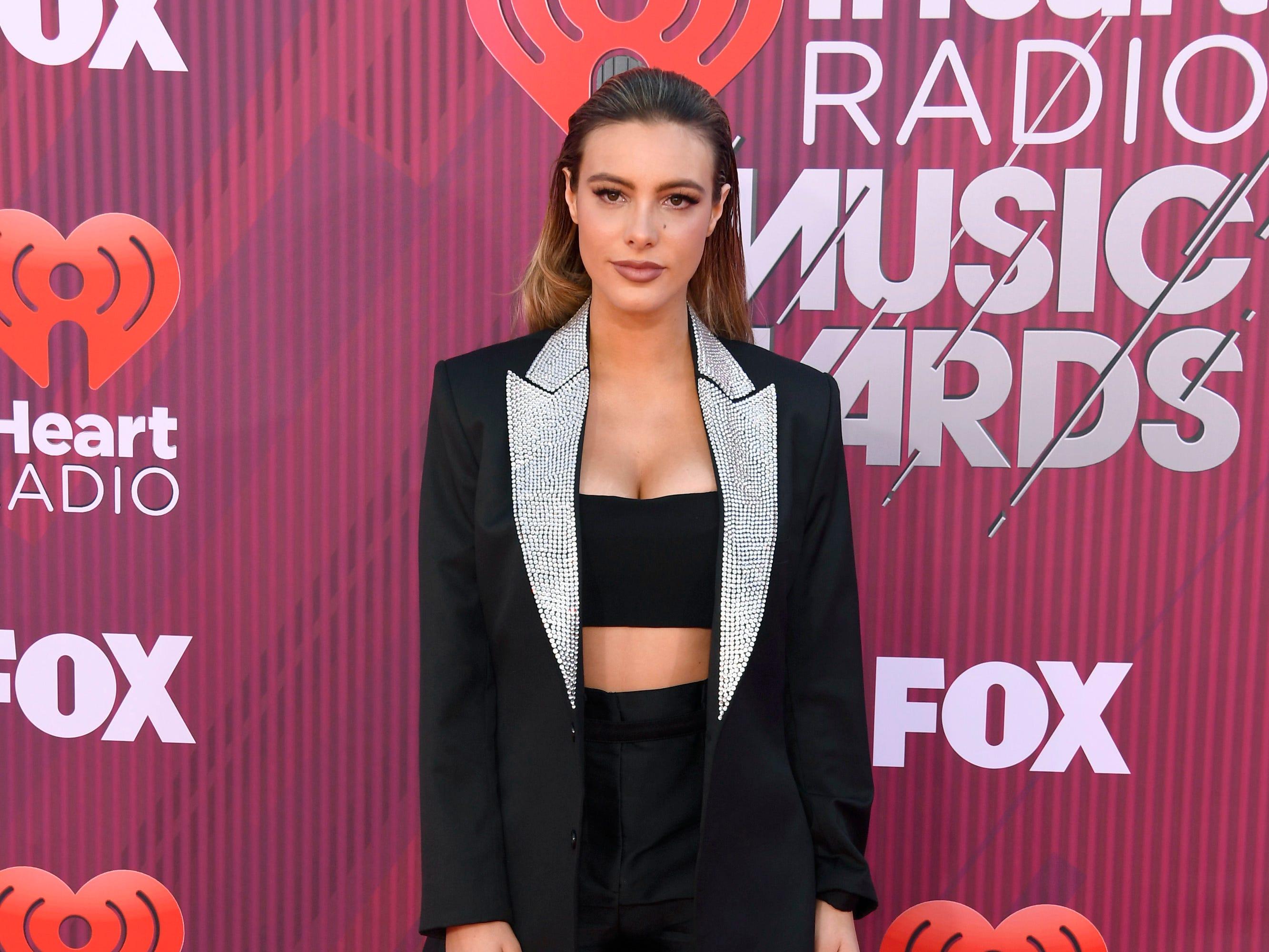 Lele Pons a su llegada a los premios iHeart Radio Music Awards en 2019 el 14 de marzo de 2019 en Los Angeles, California.