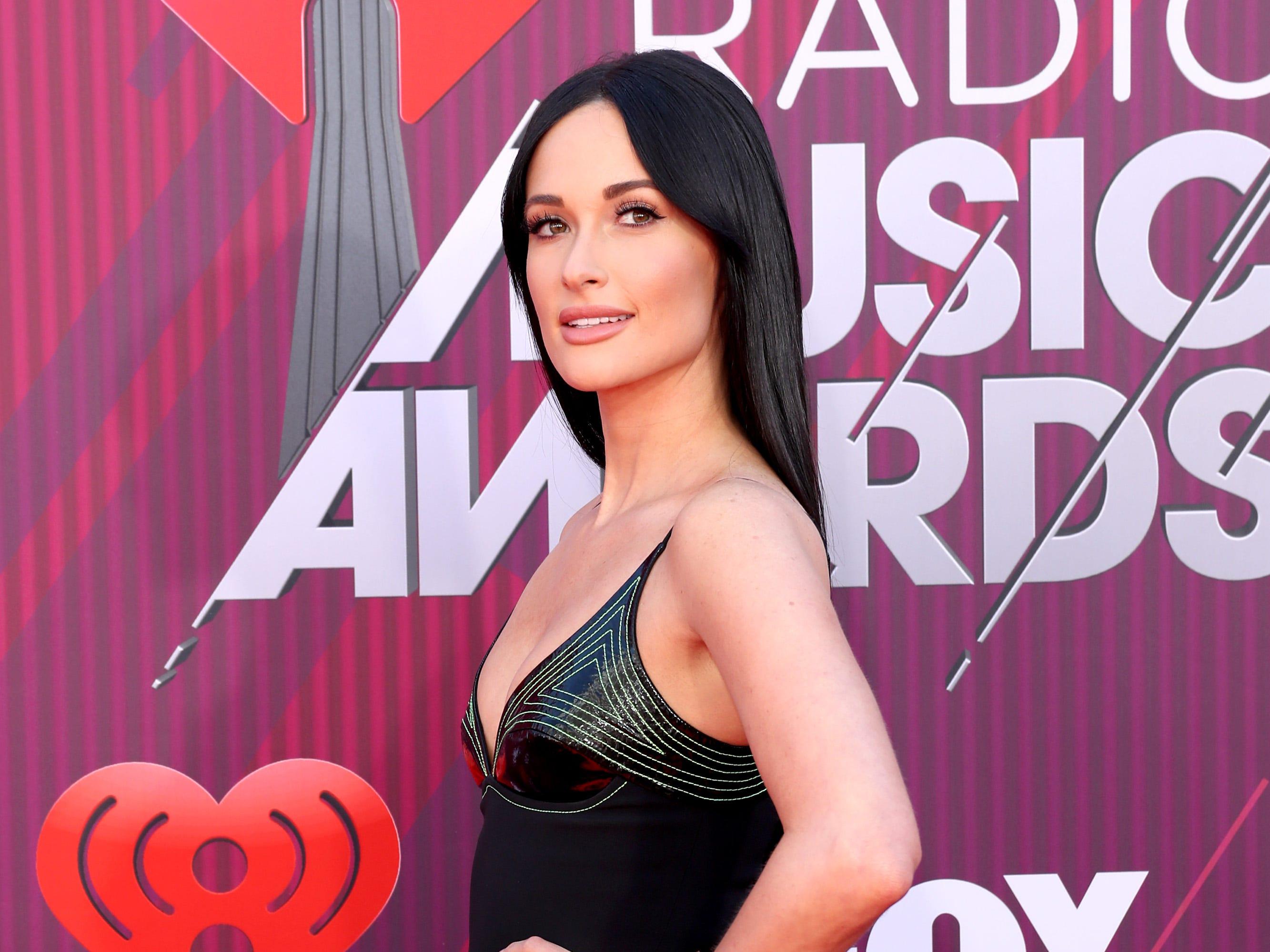 Kacey Musgraves a su llegada a los premios iHeart Radio Music Awards en 2019 el 14 de marzo de 2019 en Los Angeles, California.