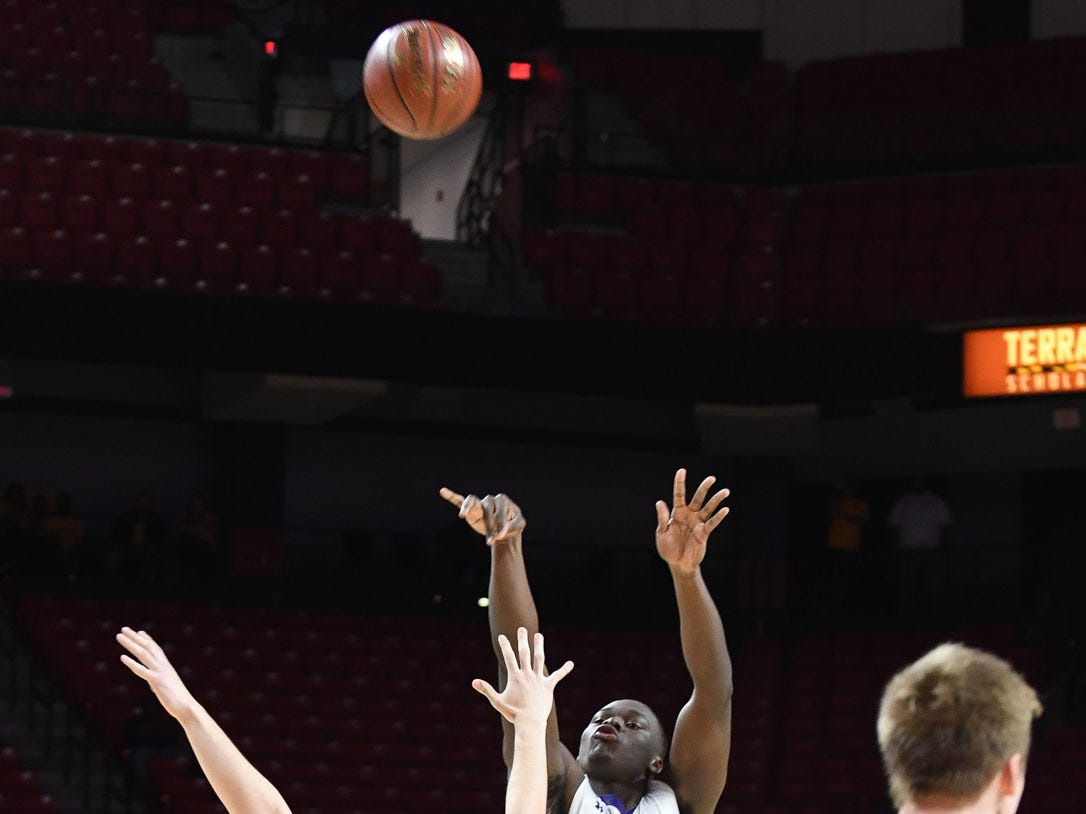 Crisfield's Justin Cohen drains the 3-pointer against Southern-Garrett during the MPSSAA State Championships at the Xfinity Center in College Park, Md. on Friday, March 15, 2019.