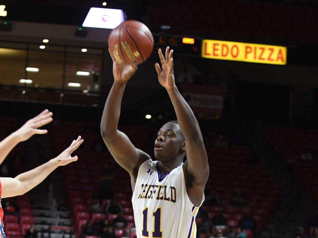 Crisfield's Justin Cohen looks to pass against Southern-Garrett during the MPSSAA State Championships at the Xfinity Center in College Park, Md. on Friday, March 15, 2019.