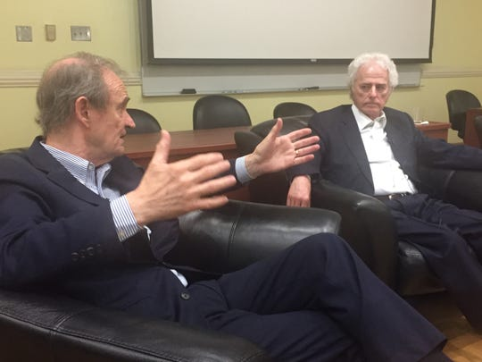 Attorney David Boies, who represented Al Gore in the 2000 election case, makes a point at the FSU Law School on Thursday as Barry Richard, who successfully represented George W. Bush, listens.
