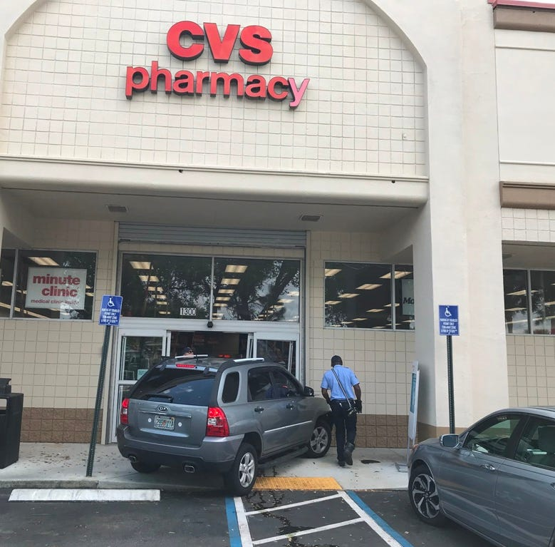 Kia vs. CVS: Port St. Lucie driver strikes front of pharmacy
