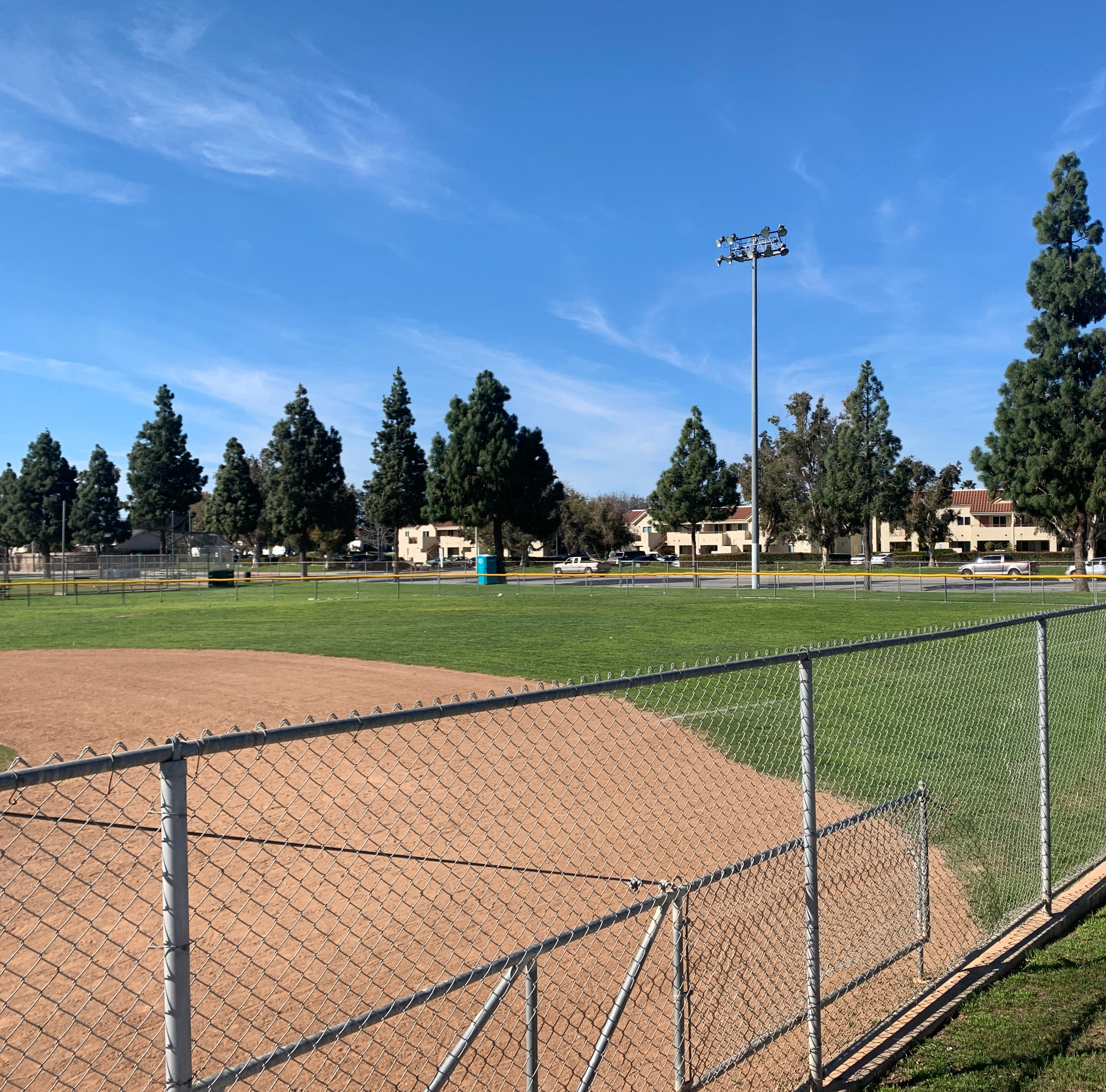 Camarillo rec baseball in pickle with Pleasant Valley schools over use of district fields