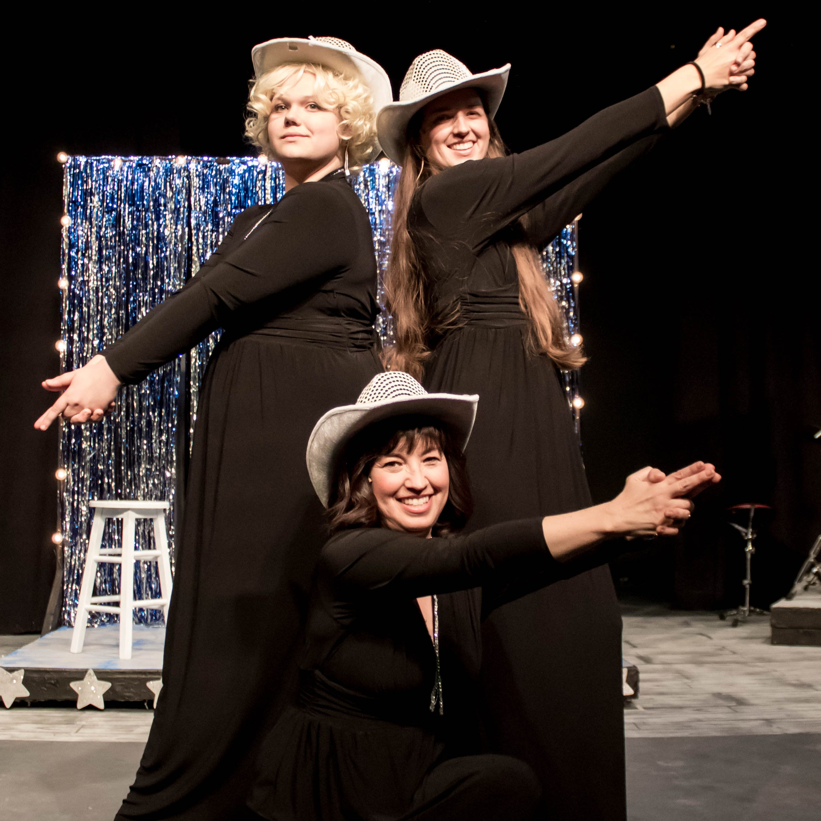 Visalia Players celebrate country music with 'Honky-Tonk Angels'