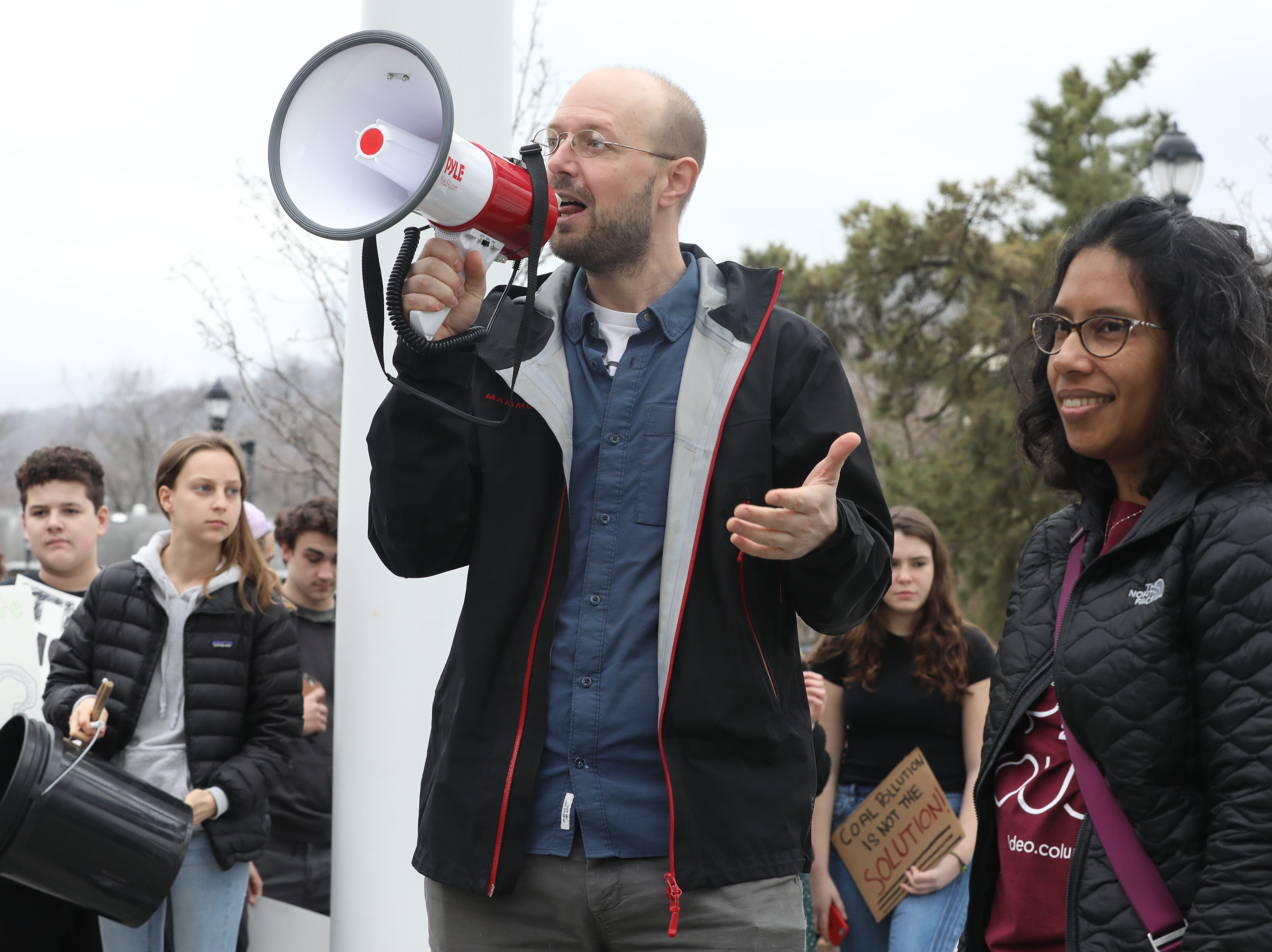 About 100Êstudents inÊRockland County joined high school and college students around the world today Friday, March 15, 2019, in walking out of school to protest global climate change and demand more aggressive policies to protect the environment.