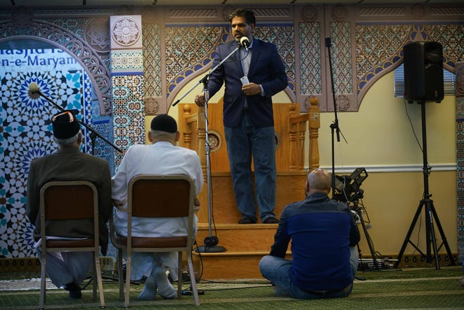 Dr. Naveed Baqir, a local Muslim leader, lead special prayer at Masjid Isa Ibn-e-Maryam mosque on Friday afternoon, to commemorate the victims of the terror attack in New Zealand.