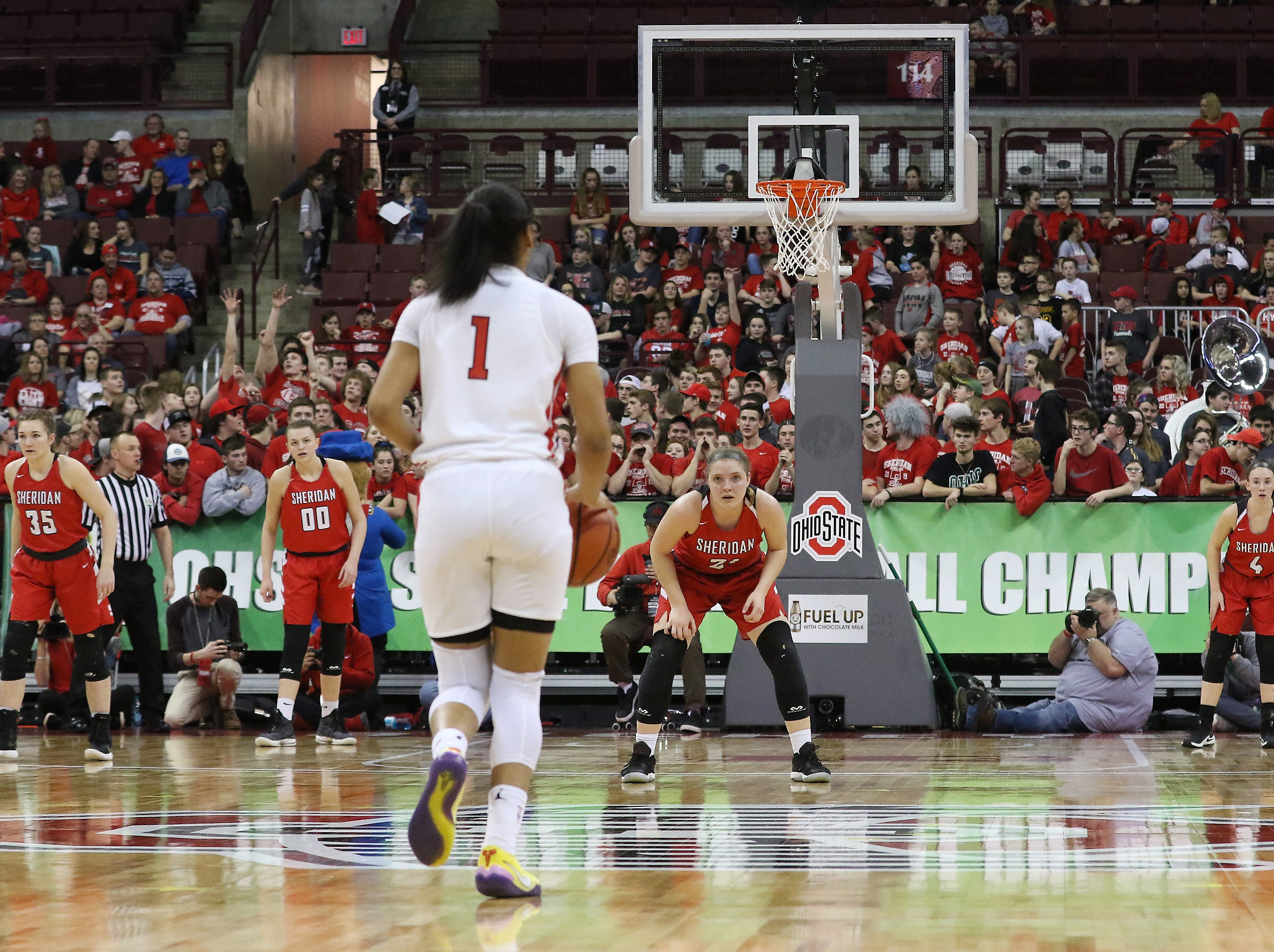 South Carolina-bound and nationally-ranked player Zia Cooke of Toledo Rogers heads into the Sheridan defense during the DII state semis in Columbus on Thursday.