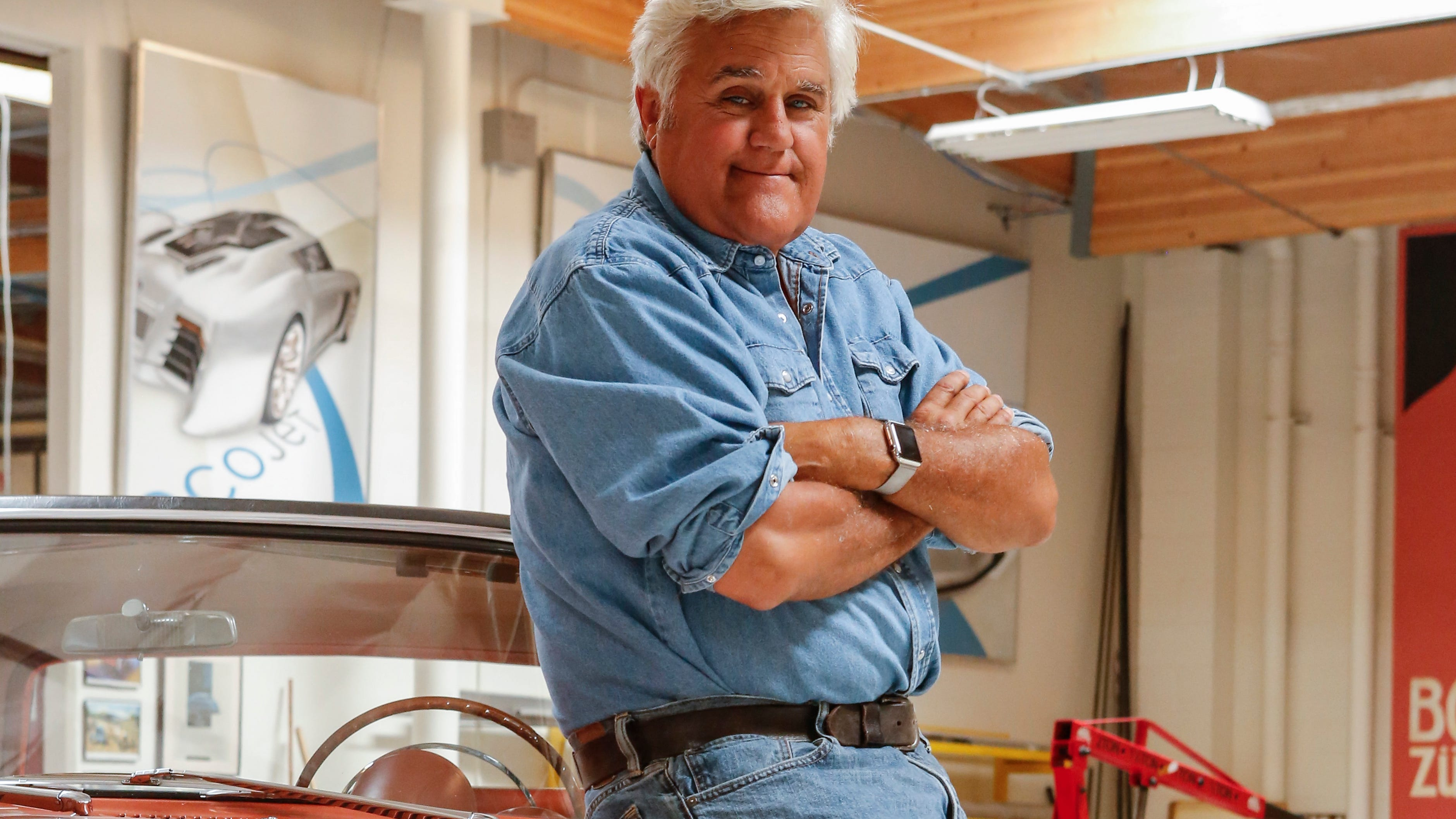 Comedian Jay Leno says 'all modern cars are good,' but electric cars 'will be the future'
