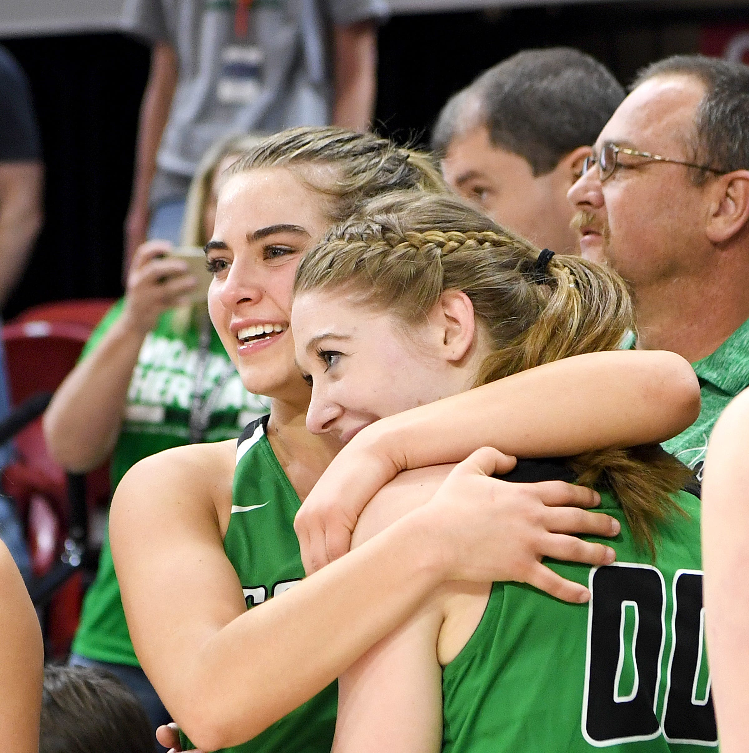 Chemistry on the court: Tipton, Peterson take Mountain Heritage to state title