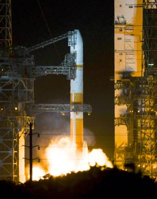 """A United Launch Alliance Delta IV Medium Missile launches on Friday, March 15, 2019 from Cape Canaveral Air Force Station. The rocket carries a communications satellite for the US military. """"Data-id ="""""""