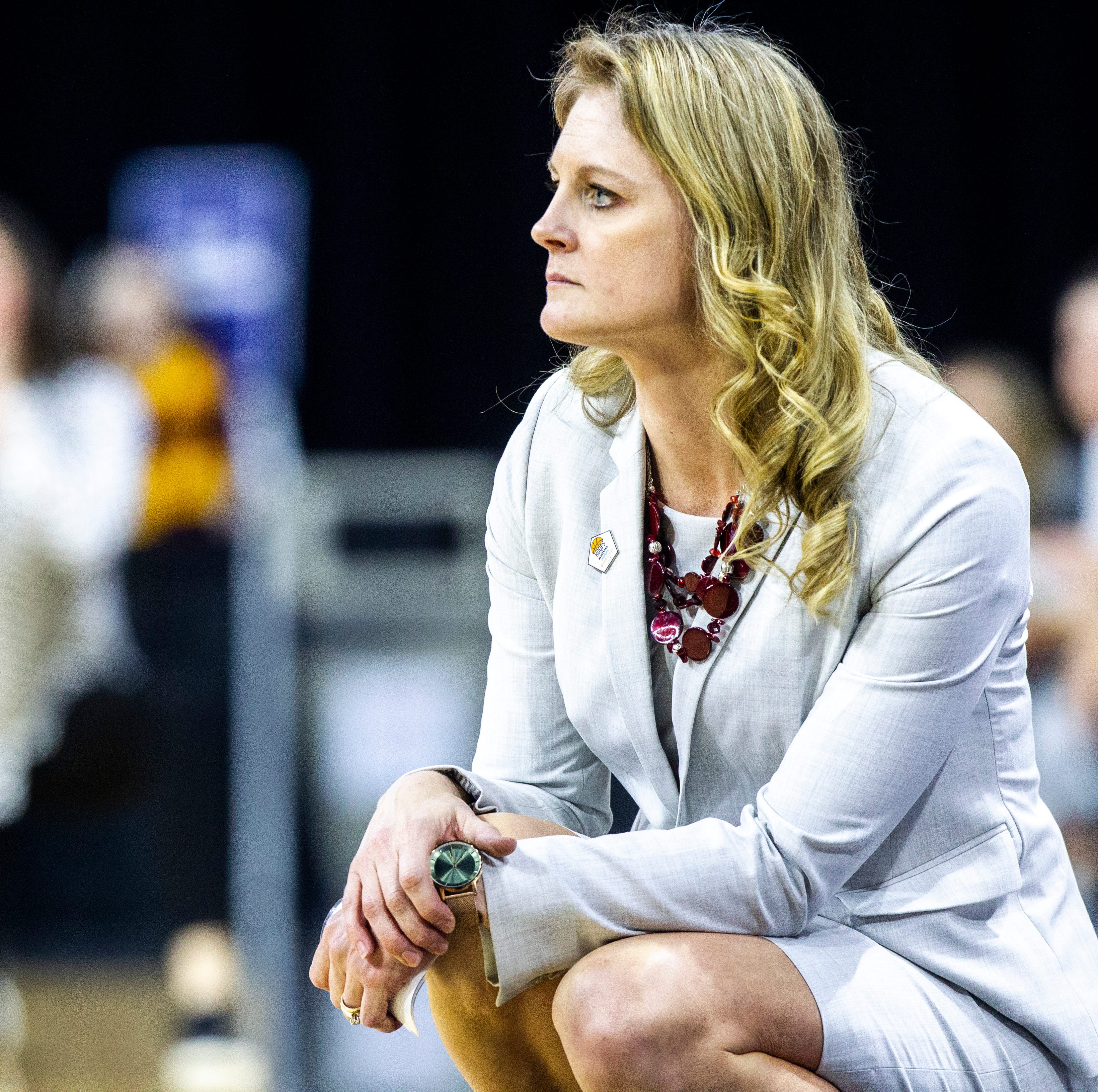 Kellie Harper as Lady Vols basketball coach a huge risk for her and Tennessee