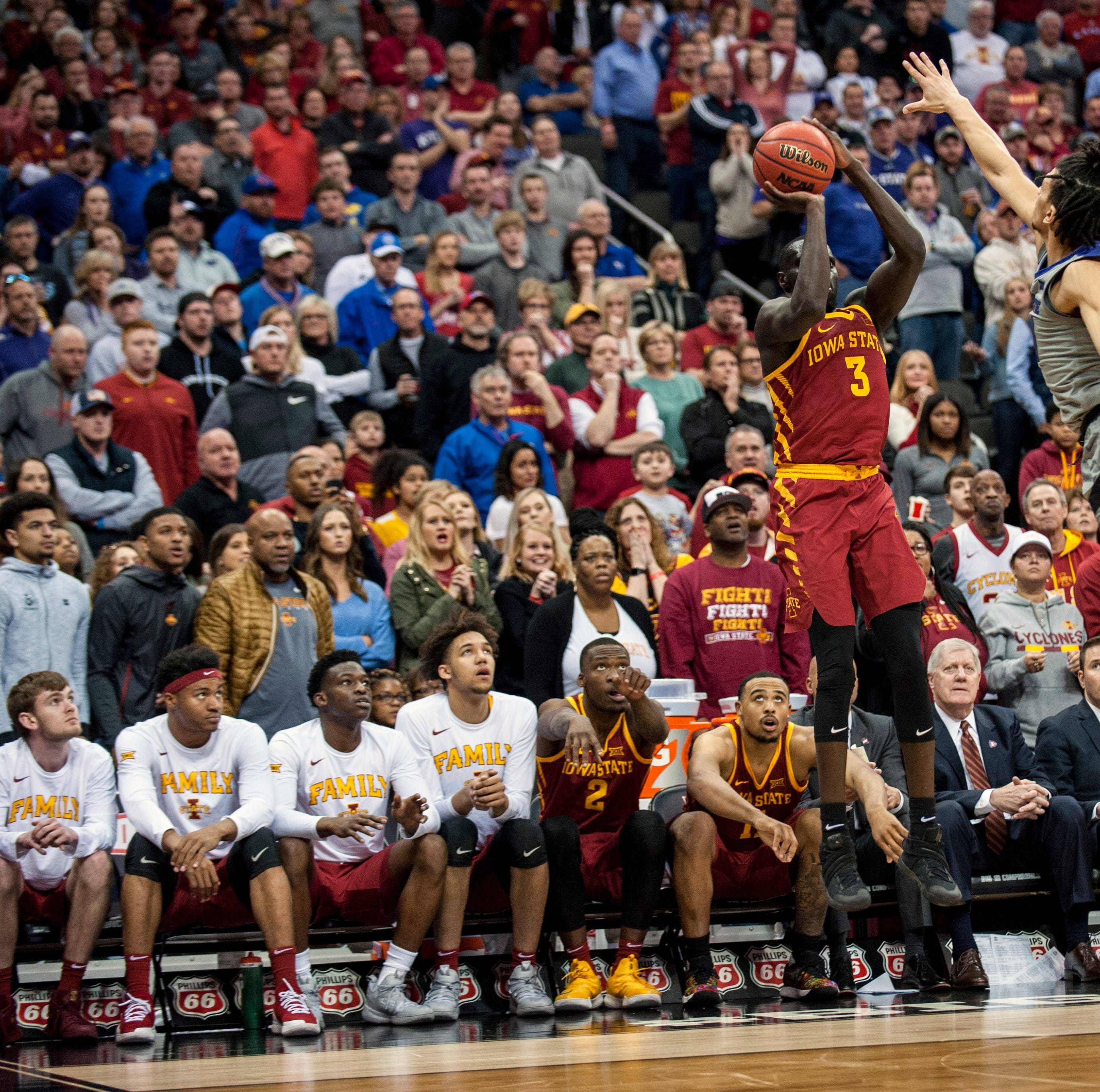 A look at Marial Shayok's two big shots that helped Iowa State to the Big 12 title game