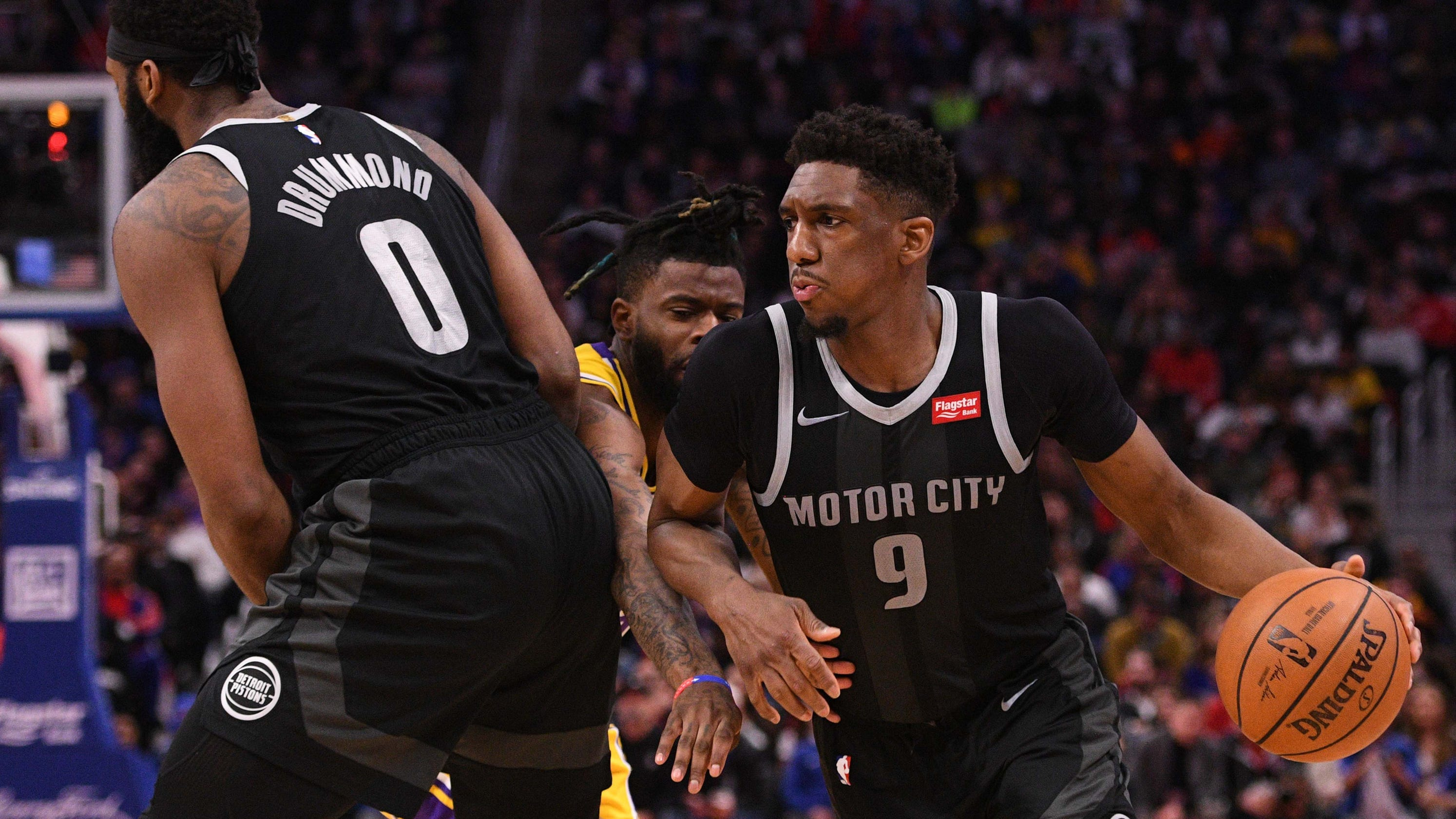 2443715f684 Detroit Pistons use 3-point shooting to beat depleted Lakers