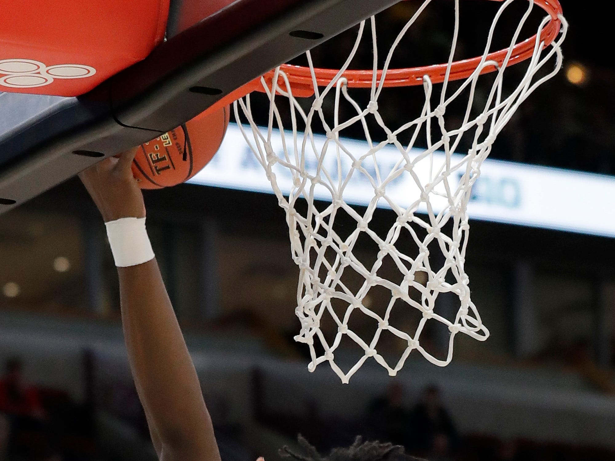 Minnesota's Daniel Oturu (25) goes up for a basket during the first half of an NCAA college basketball game against Purdue in the quarterfinals of the Big Ten Conference tournament, Friday, March 15, 2019, in Chicago. (AP Photo/Nam Y. Huh)