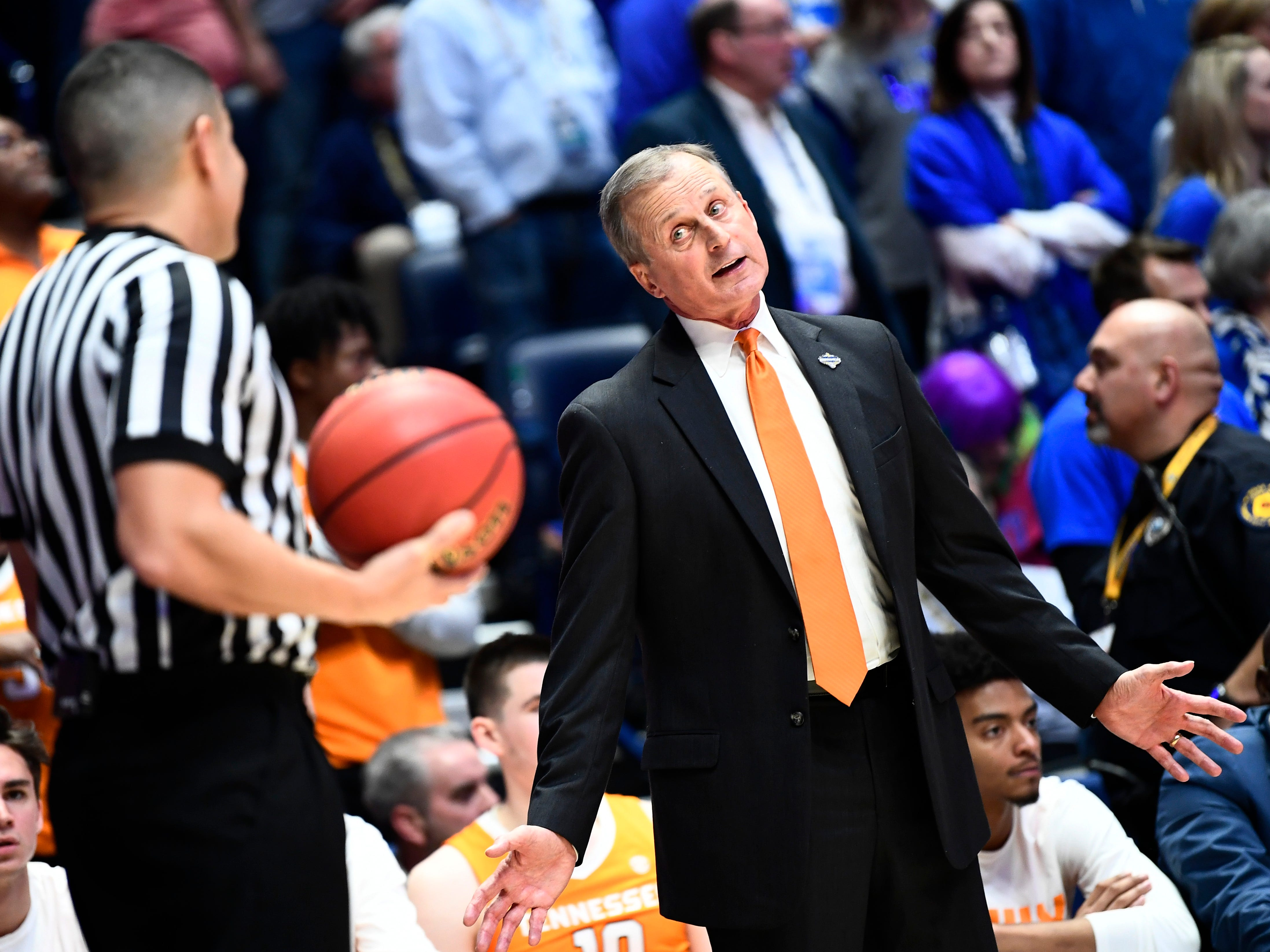 Tennessee head coach Rick Barnes argues a call with a referee during the second half of the SEC Men's Basketball Tournament game against Kentucky at Bridgestone Arena in Nashville, Tenn., Saturday, March 16, 2019.