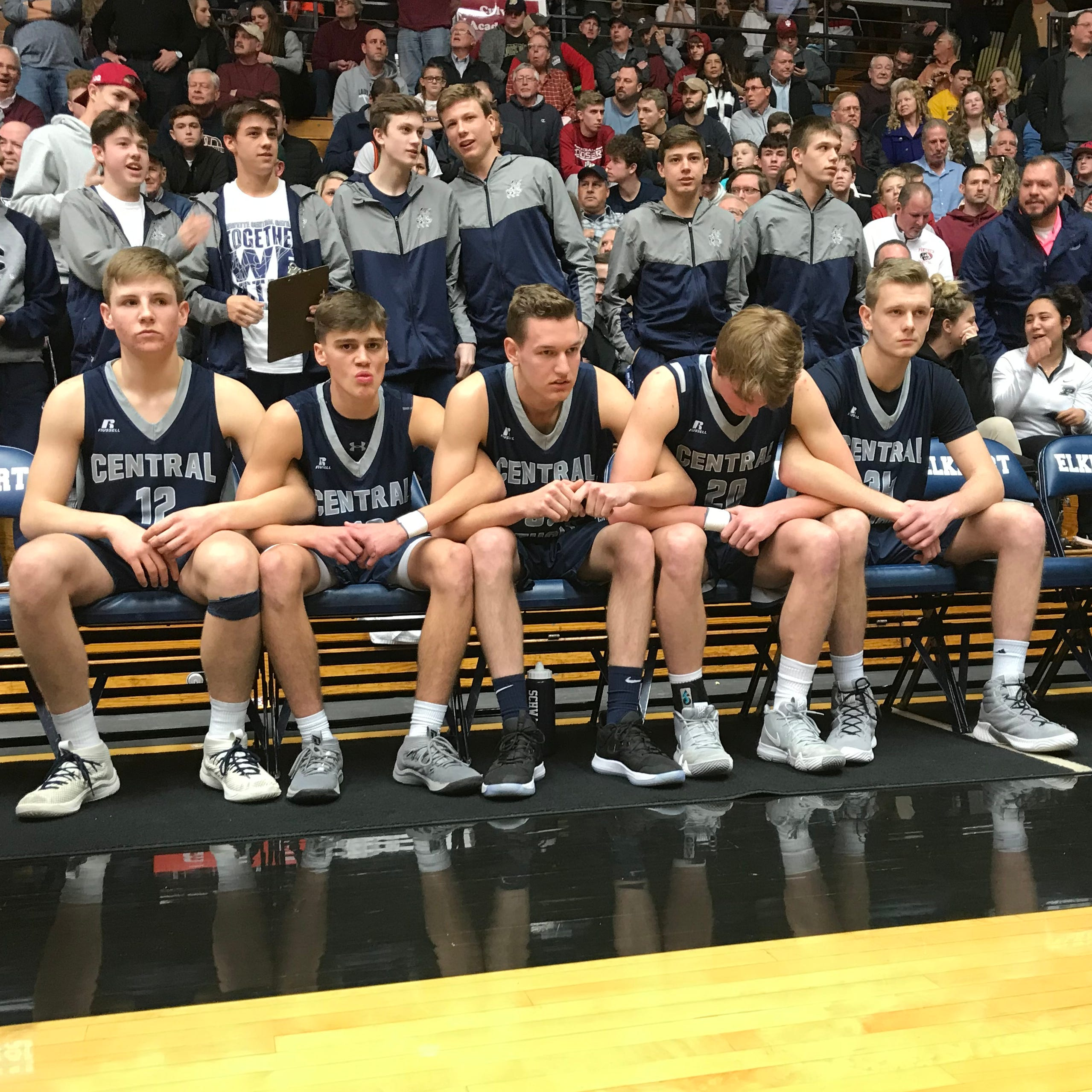 Blackhawk dominates Central Catholic in Class A semistate