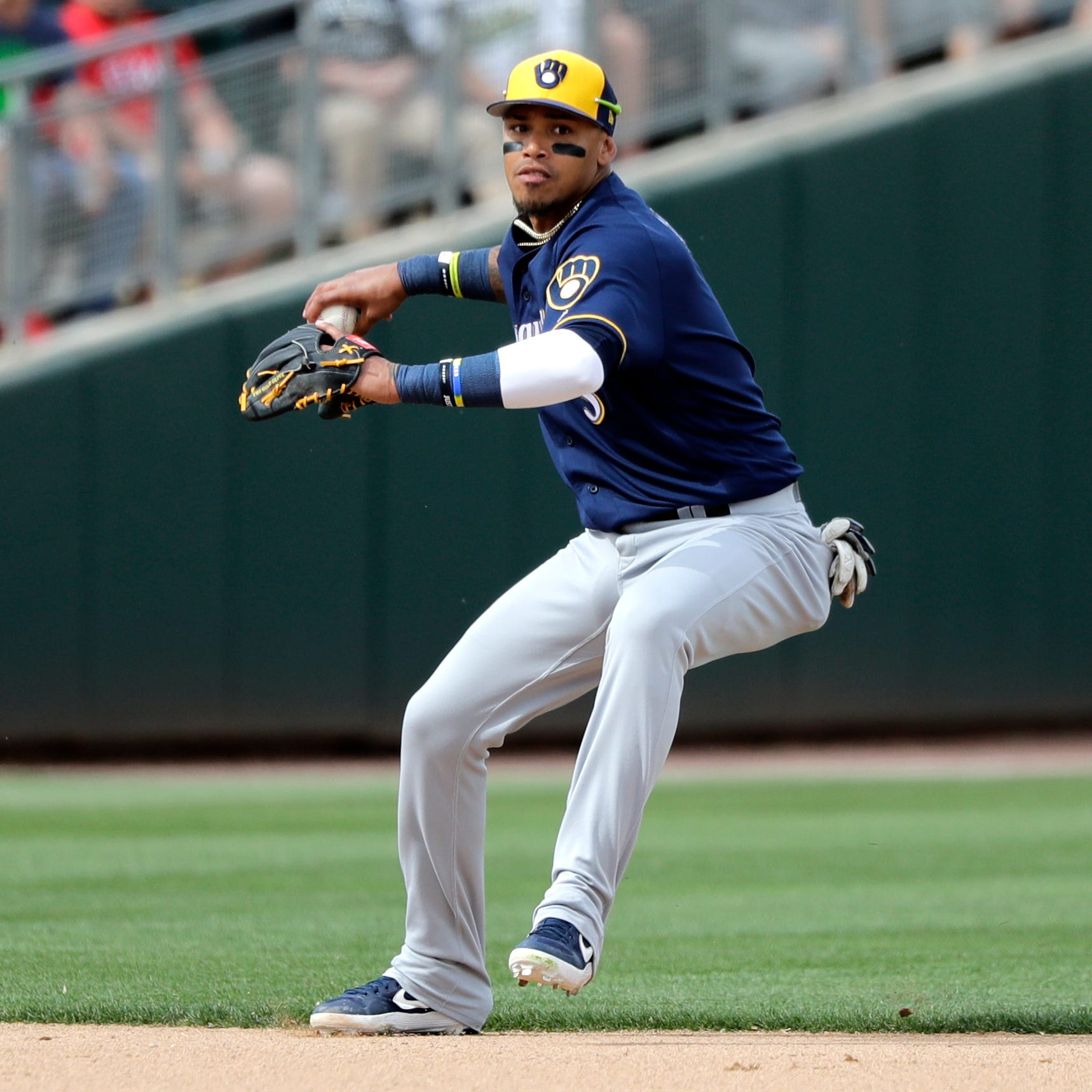 Brewers' defense is able to shift into high gear thanks to shortstop Orlando Arcia